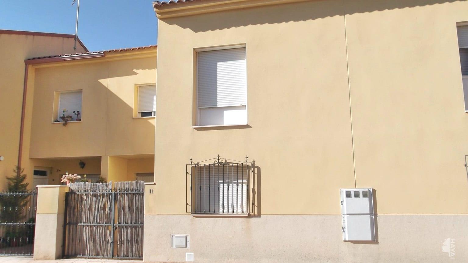Casa en venta en Quintanar de la Orden, Toledo, Calle Virgen de Gracia, 91.657 €, 3 habitaciones, 2 baños, 107 m2