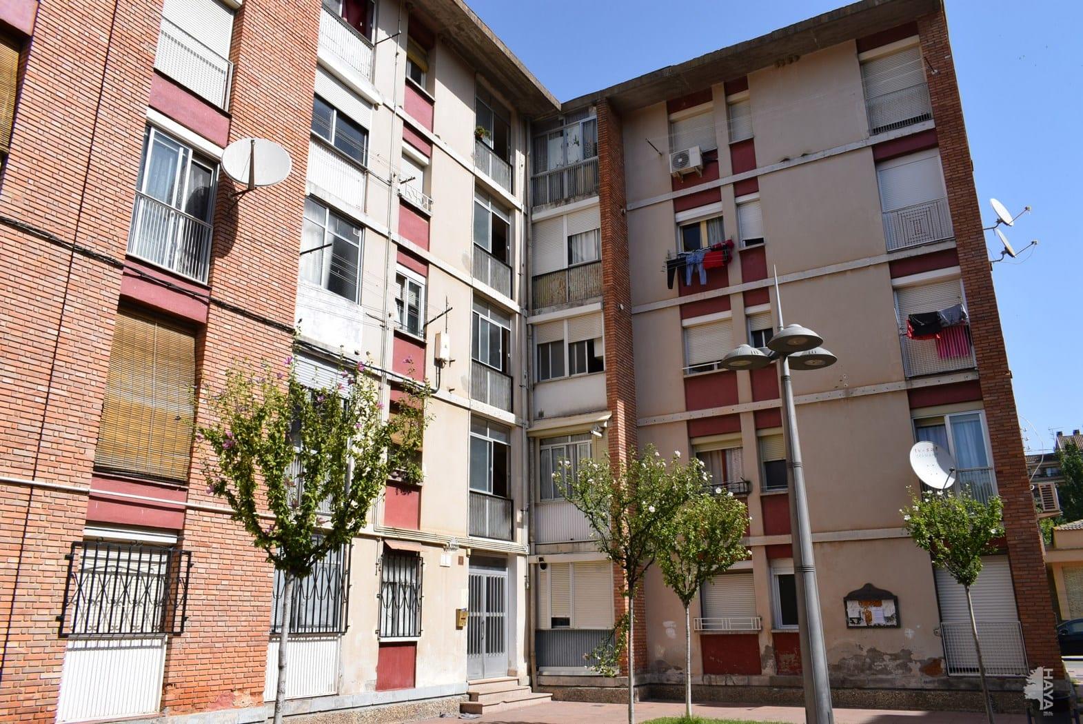 Piso en venta en Barbastro, Barbastro, Huesca, Calle Fornillos, 39.000 €, 2 habitaciones, 1 baño, 76 m2