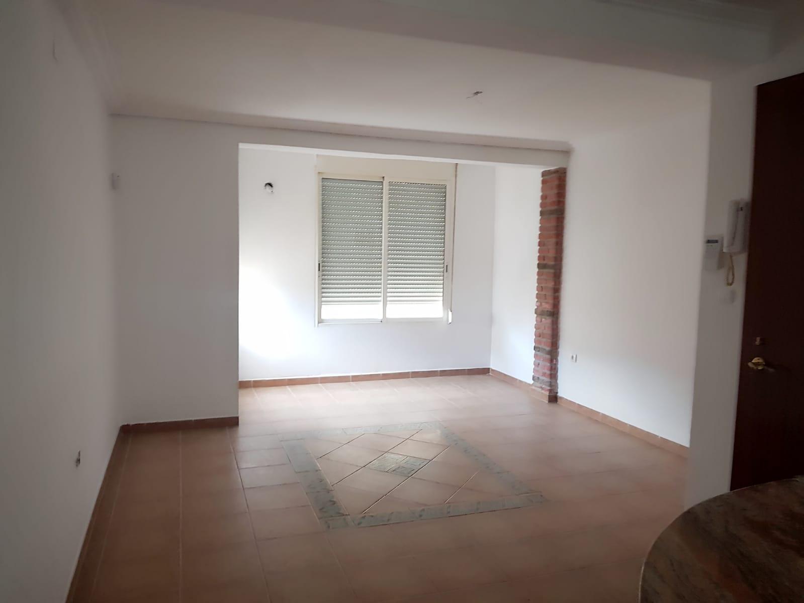 Piso en venta en Burriana, Castellón, Calle Pizarro, 41.000 €, 4 habitaciones, 1 baño, 85 m2