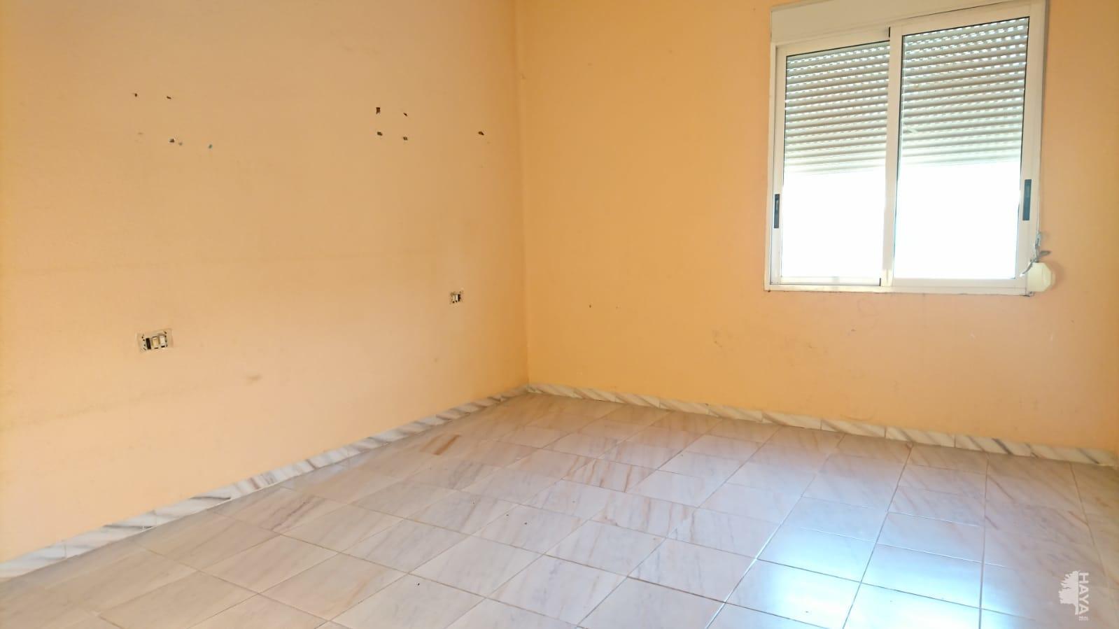Piso en venta en Piso en la Vall D`uixó, Castellón, 23.000 €, 2 habitaciones, 1 baño, 85 m2