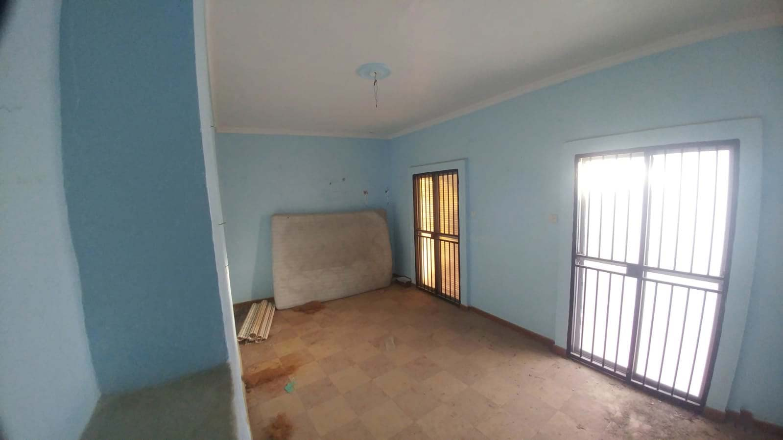 Casa en venta en Casa en Villanueva de San Juan, Sevilla, 58.511 €, 5 habitaciones, 1 baño, 219 m2