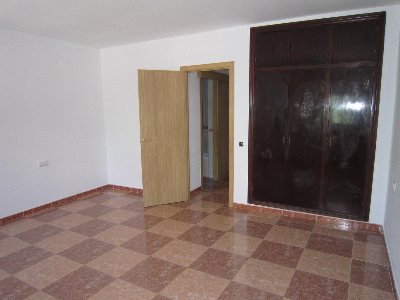Piso en venta en San Fernando, Cádiz, Avenida Cid, 92.000 €, 2 habitaciones, 1 baño, 82 m2