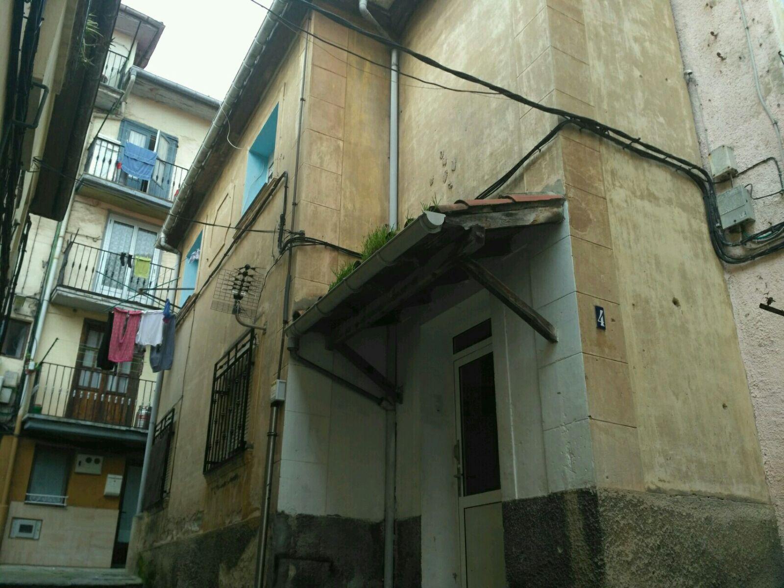 Piso en venta en Santander, Cantabria, Calle Travesia la Enseñanza, 77.687 €, 3 habitaciones, 1 baño, 70 m2
