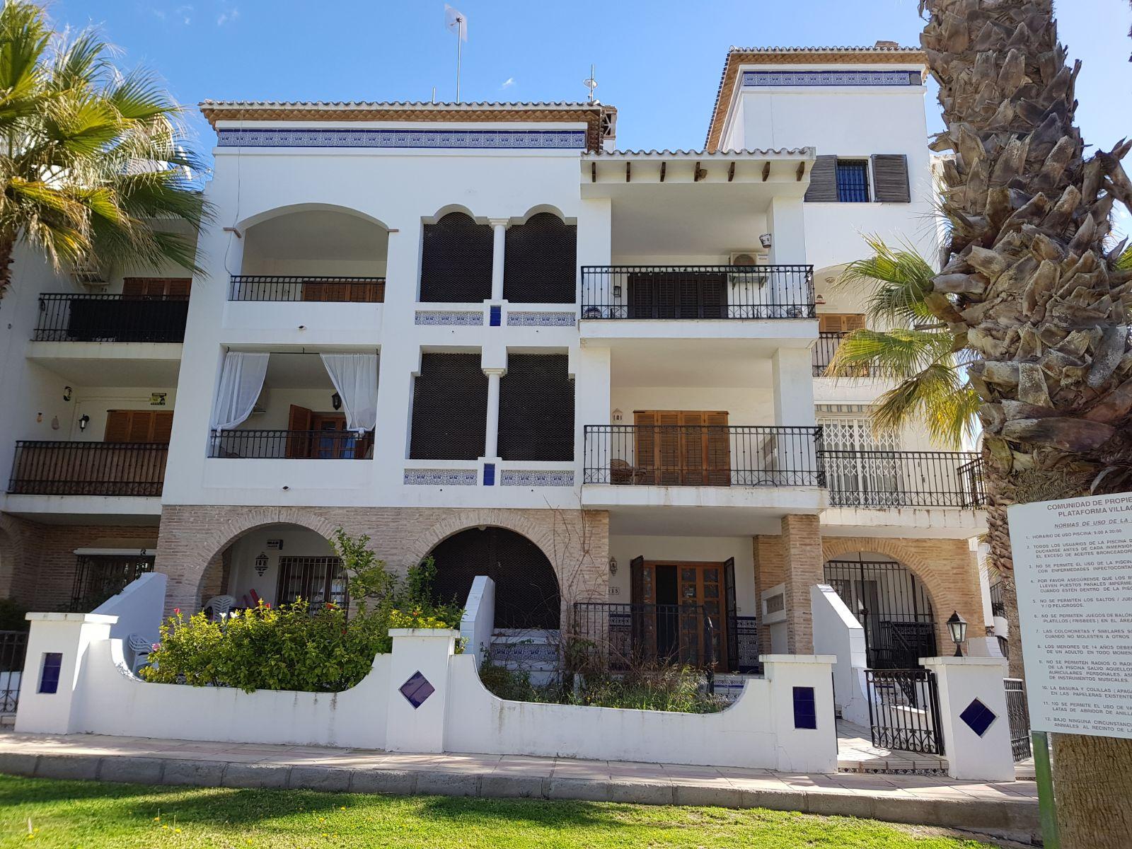 Piso en venta en Orihuela, Alicante, Avenida Ramblas de Oleza, 72.000 €, 1 habitación, 1 baño, 68 m2