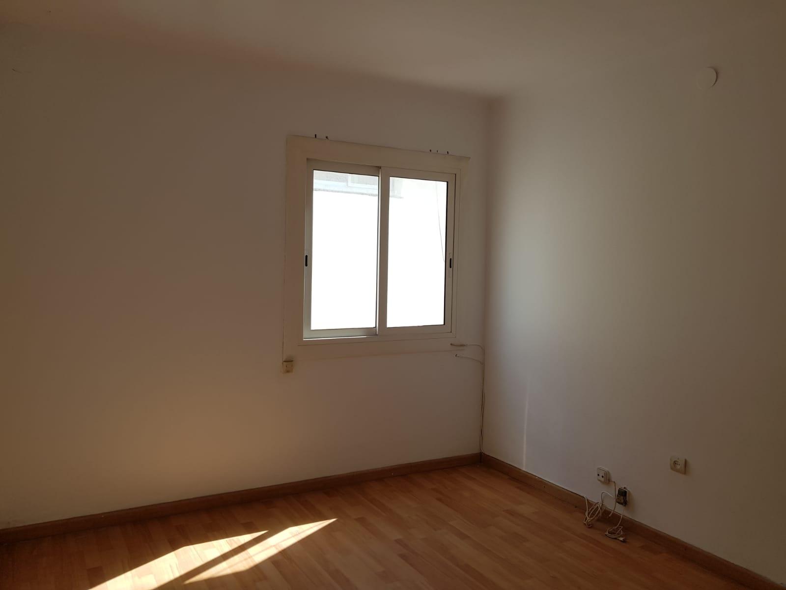 Piso en venta en Cubelles, Barcelona, Paseo Vilanova, 85.000 €, 2 habitaciones, 1 baño, 62 m2