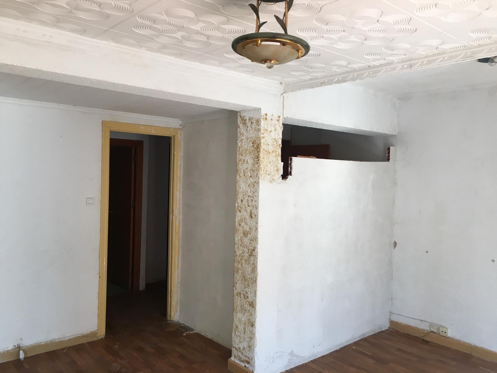 Piso en venta en Gandia, Valencia, Calle Pintor Joan de Joanes, 38.900 €, 3 habitaciones, 1 baño, 72 m2