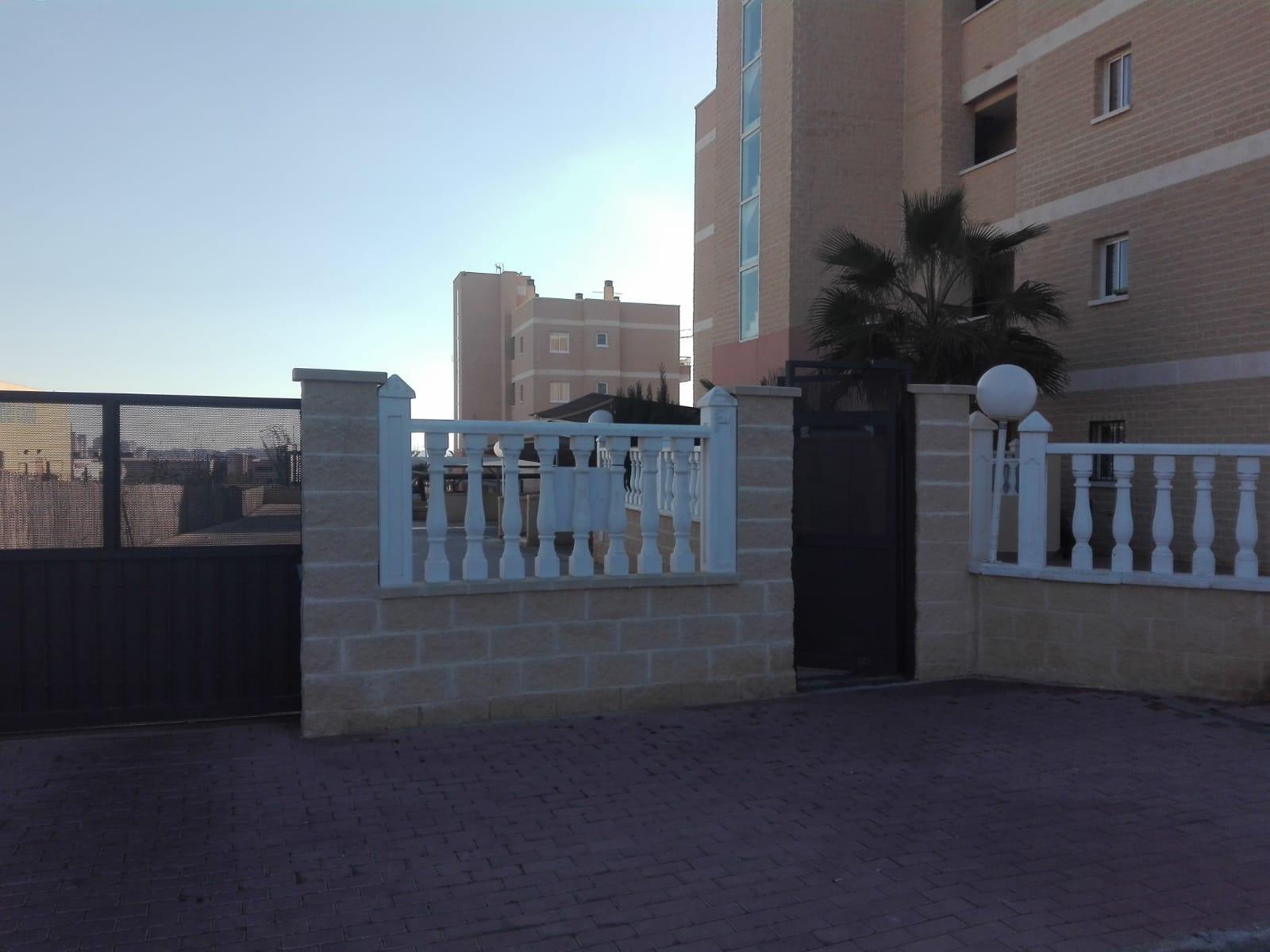 Piso en venta en Torrevieja, Alicante, Lugar Mirador Ii, 89.000 €, 2 habitaciones, 1 baño, 79 m2