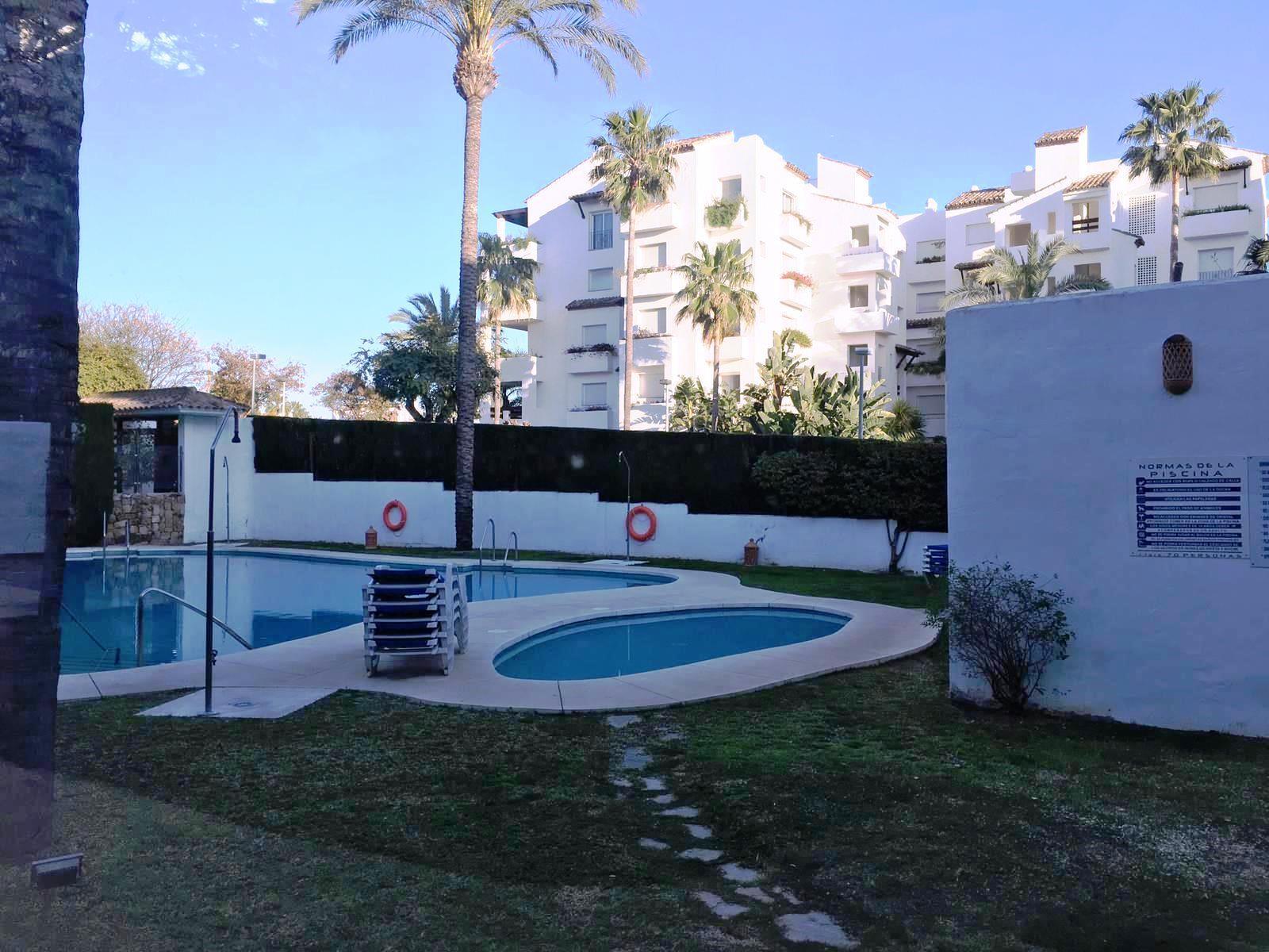Piso en venta en Costalita, Málaga, Málaga, Calle Trajano, 203.000 €, 2 habitaciones, 1 baño, 115,05 m2