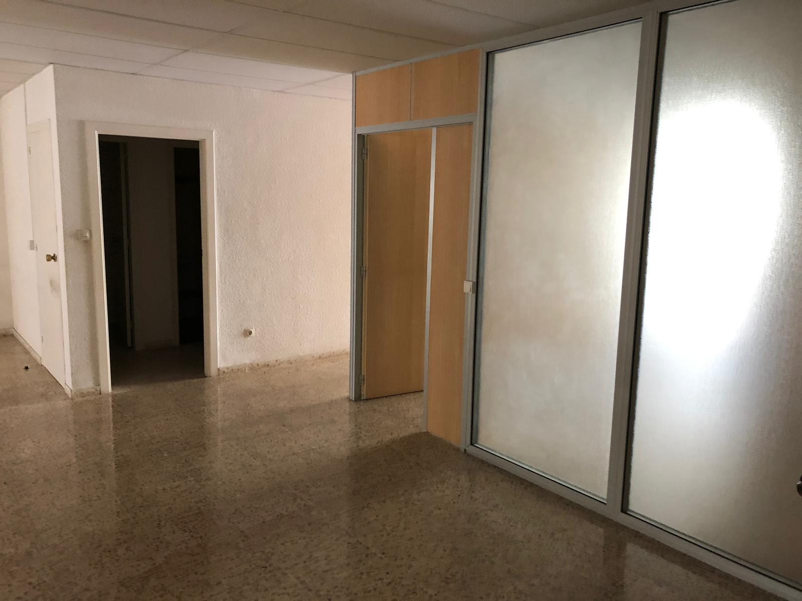 Local en venta en Torre Garrell, Vilanova I la Geltrú, Barcelona, Avenida Francesc Macia, 160.000 €, 147 m2