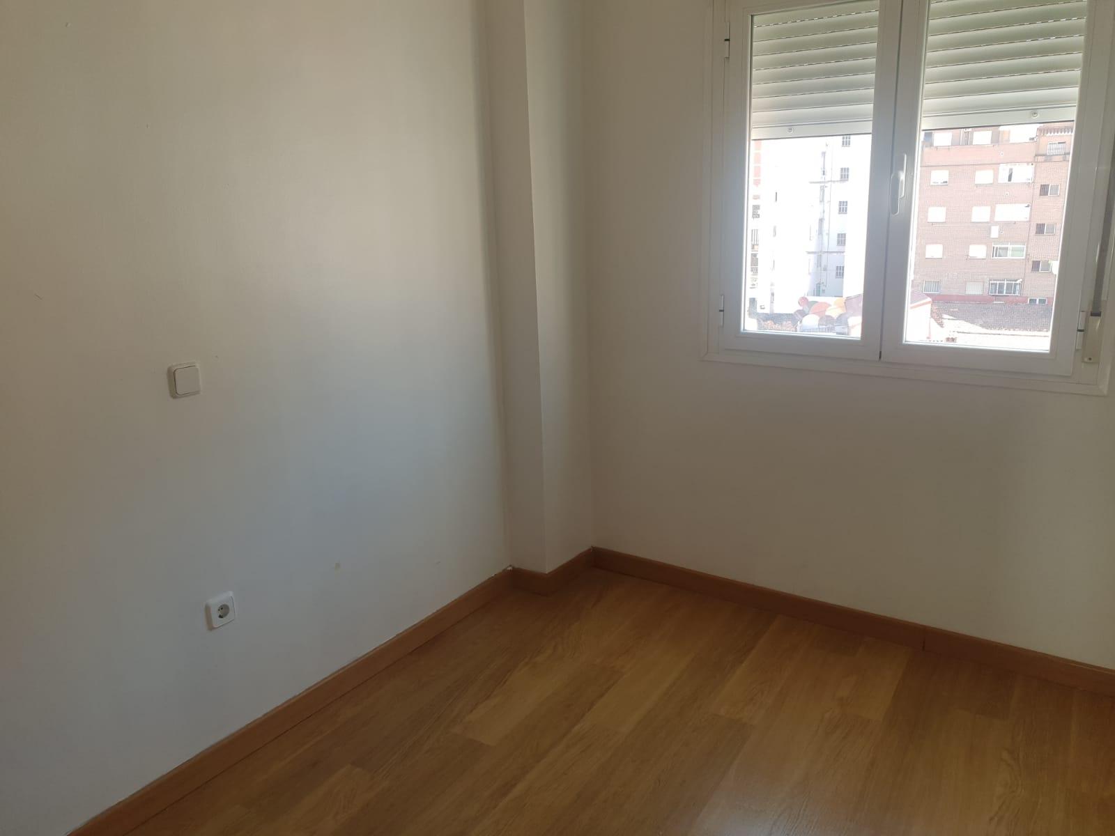 Piso en venta en Barrio de Santa Maria, Talavera de la Reina, Toledo, Avenida Pio Xii, 62.000 €, 2 habitaciones, 1 baño, 51 m2