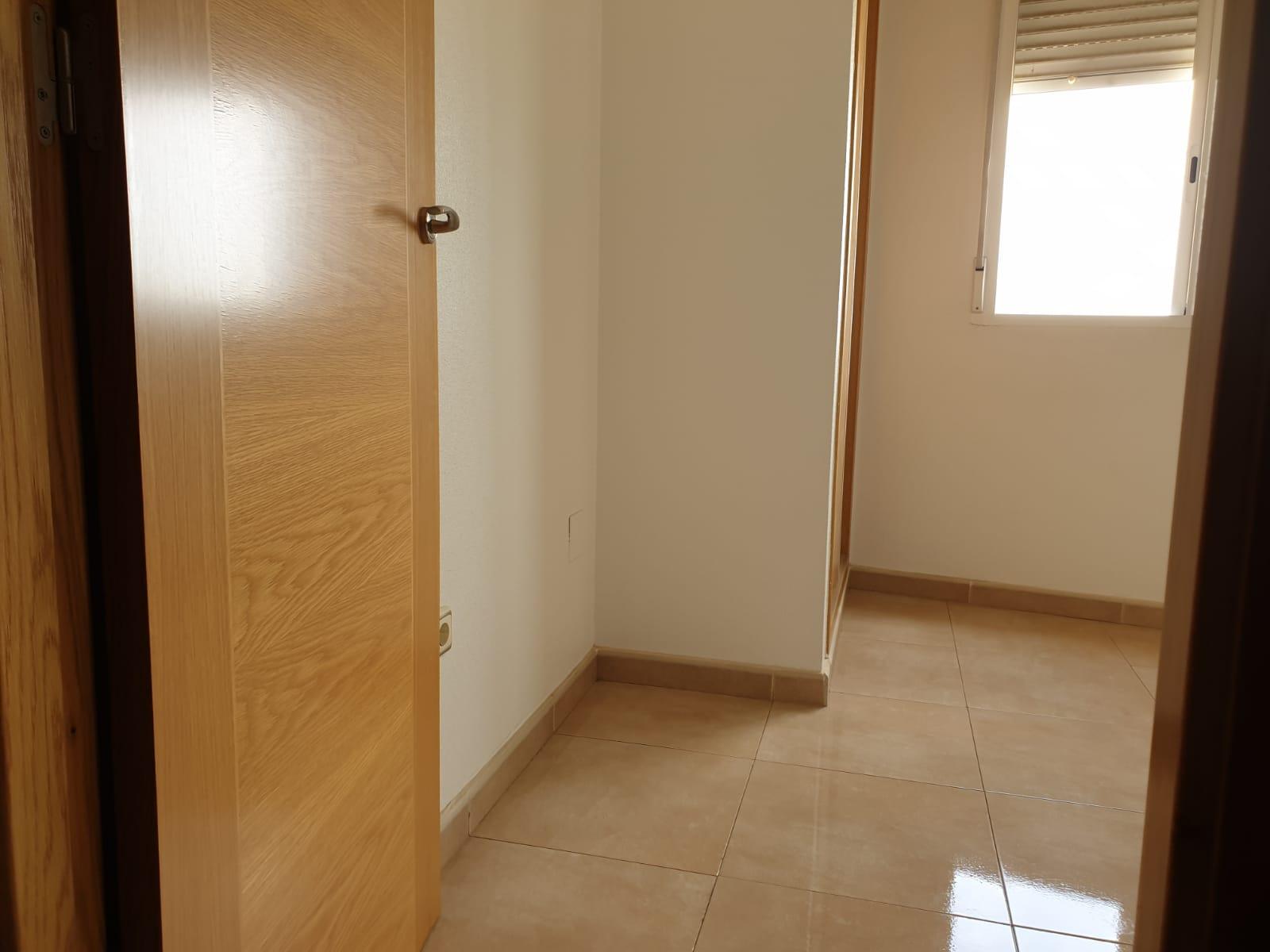 Piso en venta en Infante Juan Manuel, Murcia, Murcia, Calle Sol, 111.000 €, 4 habitaciones, 2 baños, 83,72 m2