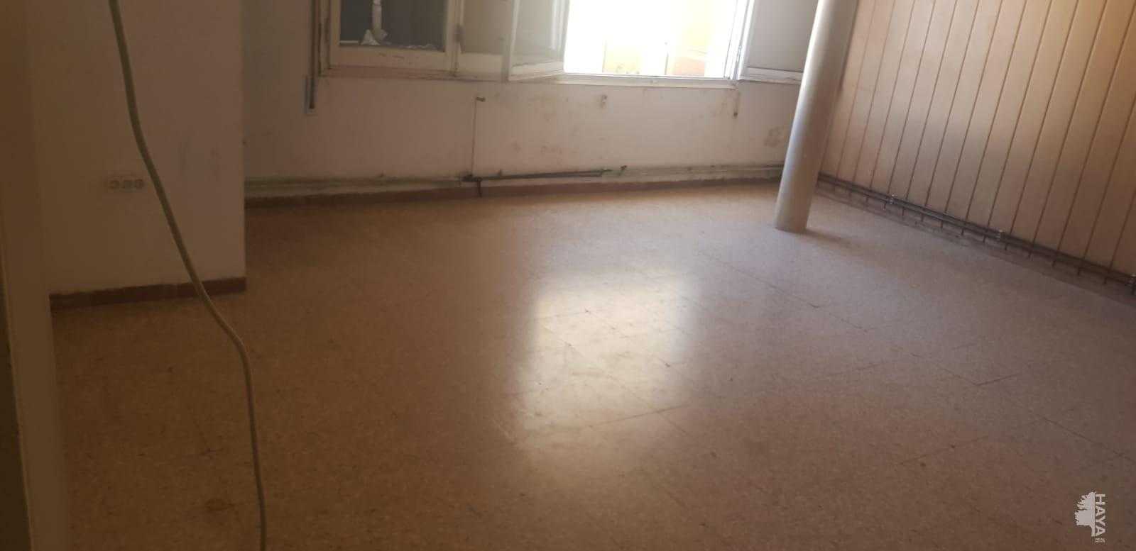 Piso en venta en Banyoles, Banyoles, Girona, Calle Dels Paisos Catalans, 36.278 €, 3 habitaciones, 1 baño, 87 m2