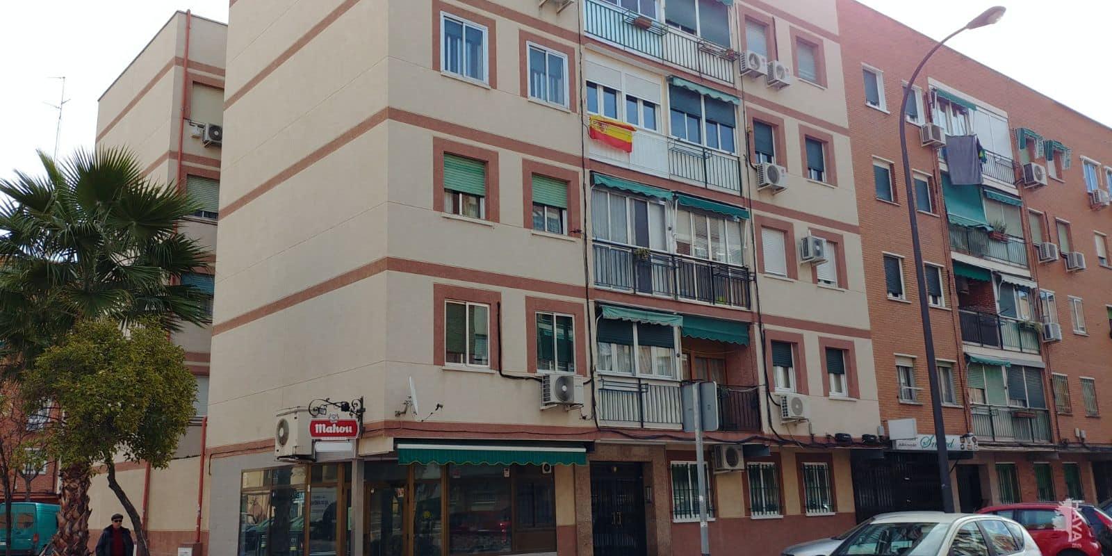 Piso en venta en Getafe, Madrid, Calle Murcia, 81.200 €, 3 habitaciones, 1 baño, 70 m2