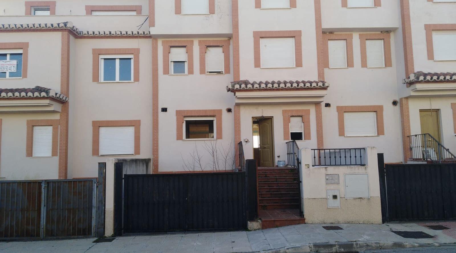 Casa en venta en Urbanización Señorío del Cubillas, Atarfe, Granada, Calle Ernesto Sabato, 360.336 €, 5 habitaciones, 3 baños, 526 m2