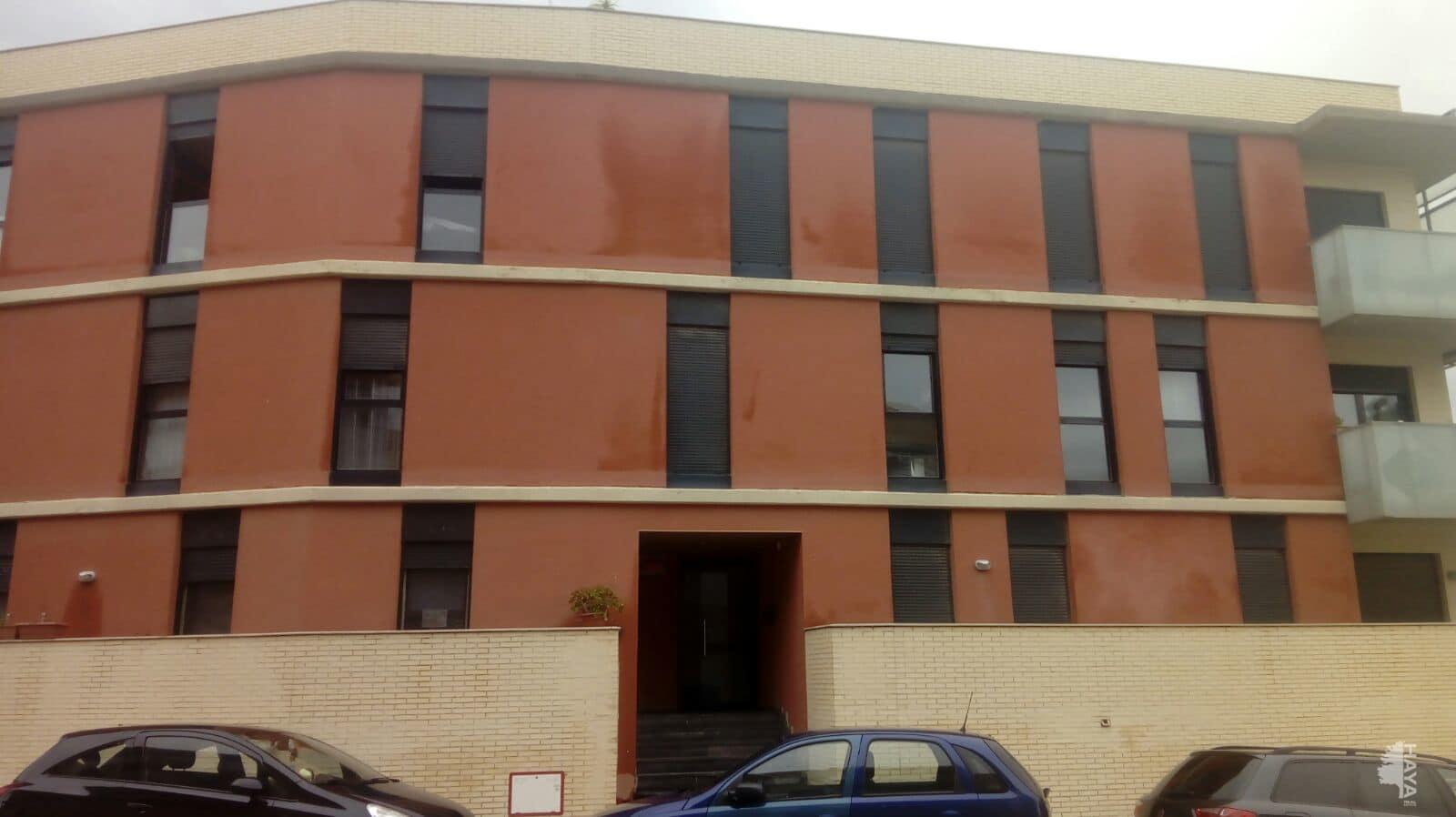 Piso en venta en Cadrete, Zaragoza, Calle El Trebol, 76.000 €, 2 habitaciones, 1 baño, 68 m2