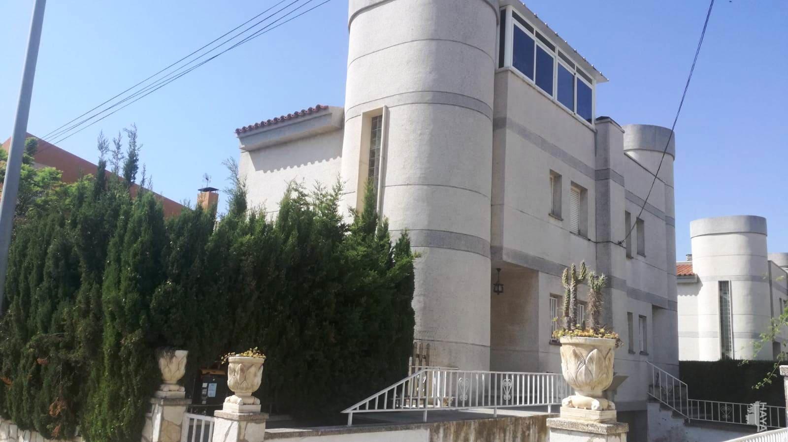 Casa en venta en Cambrils, Tarragona, Calle Cesar Martinell, 236.565 €, 4 habitaciones, 2 baños, 144 m2