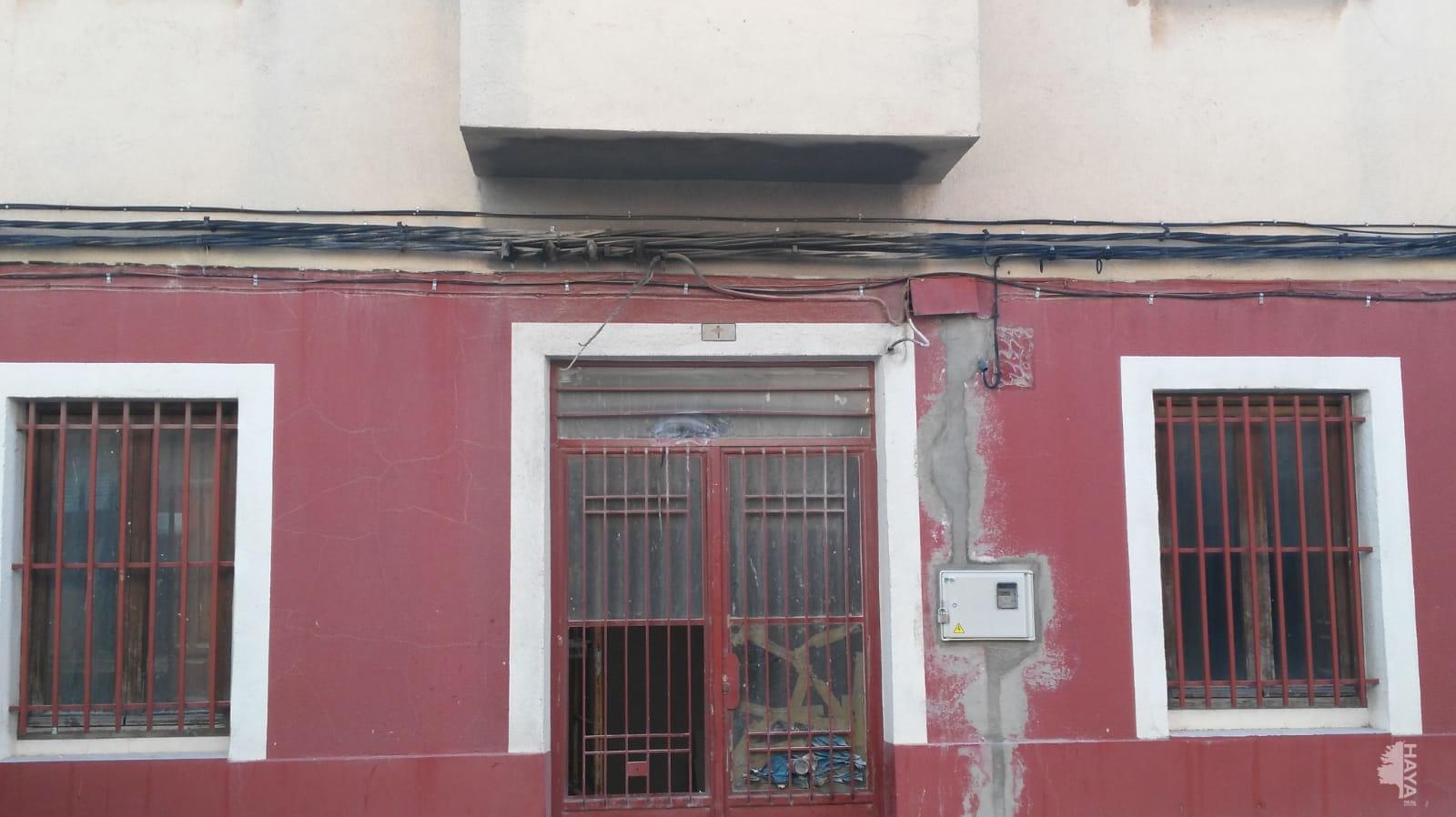 Piso en venta en La Roda, la Roda, Albacete, Calle Puerta de Granada, 54.400 €, 3 habitaciones, 1 baño, 170 m2
