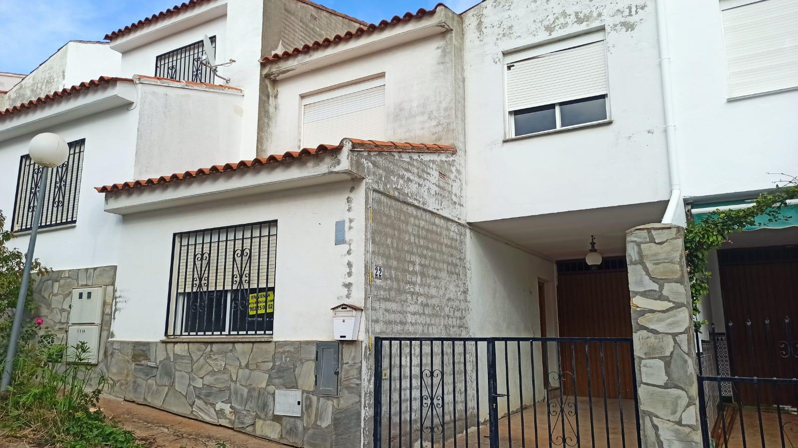 Casa en venta en Los Navalucillos, los Navalucillos, Toledo, Calle Sor Lucia Alia, 75.000 €, 4 habitaciones, 1 baño, 135 m2