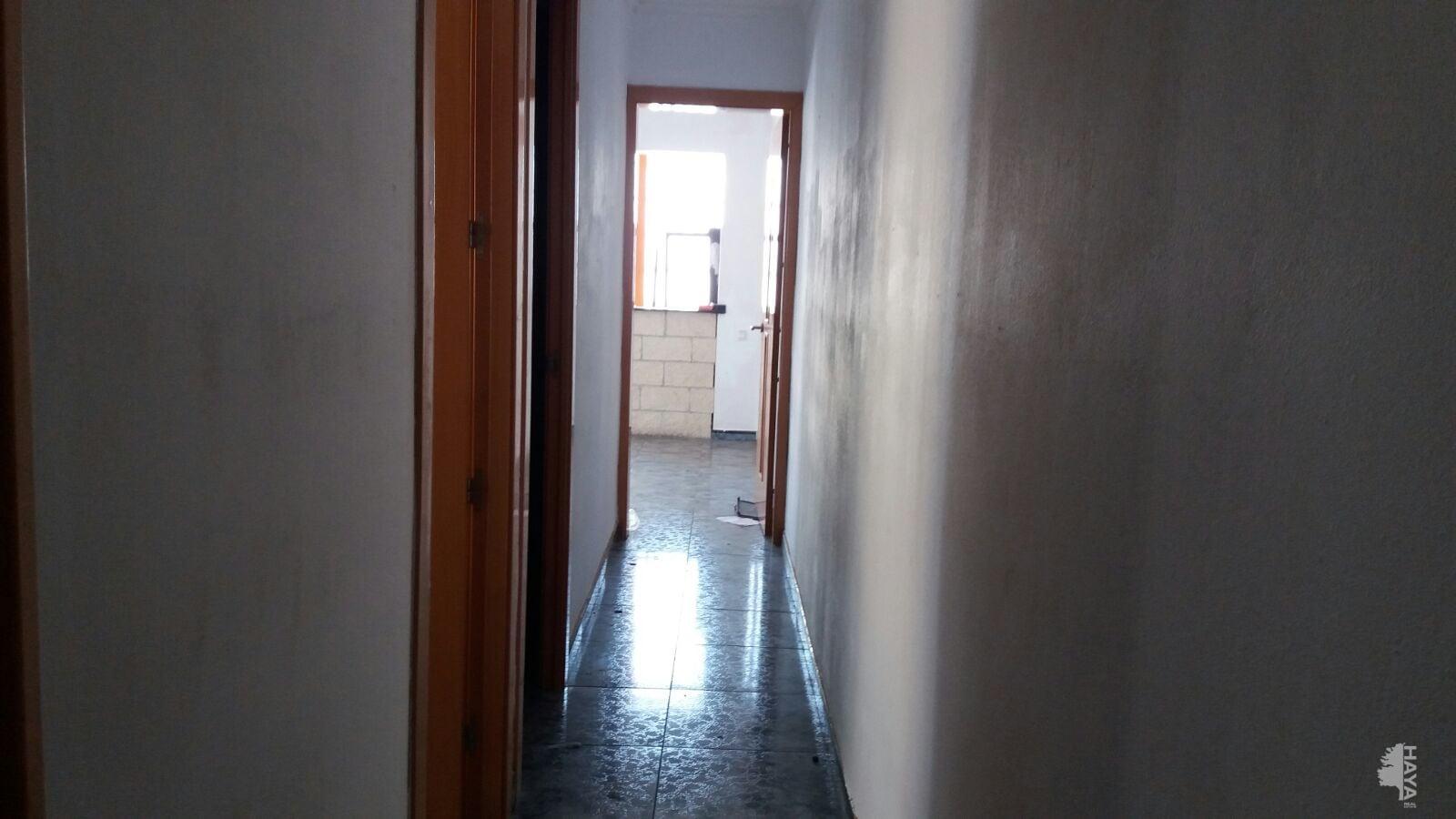 Piso en venta en Tarragona, Tarragona, Calle Ebre, 54.375 €, 4 habitaciones, 1 baño, 71 m2