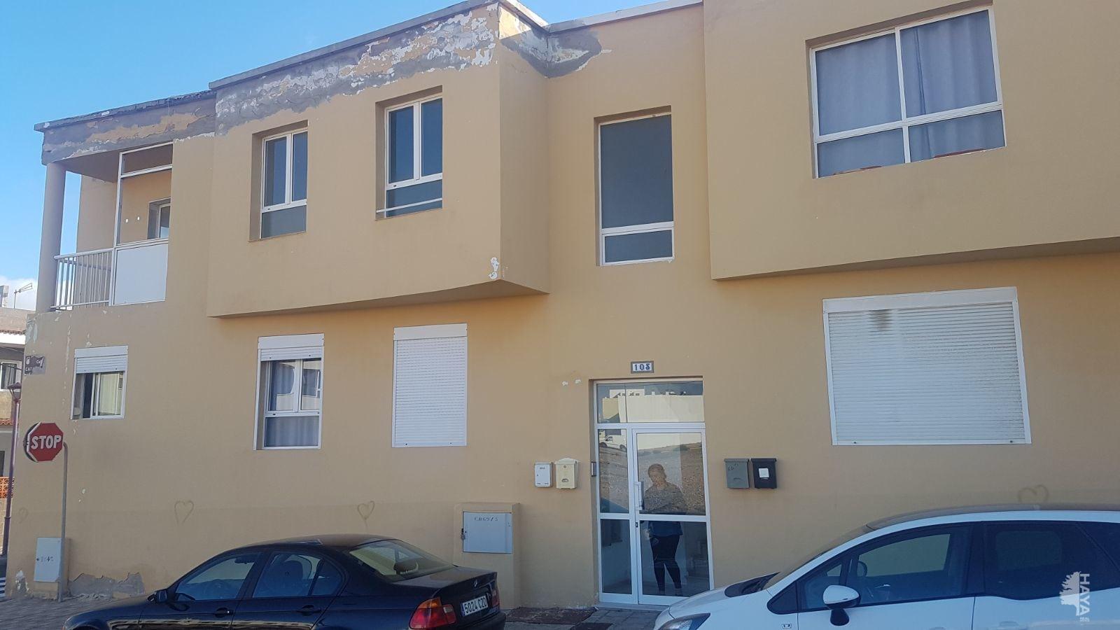 Piso en venta en Puerto del Rosario, Las Palmas, Calle Cataluña, 62.700 €, 2 habitaciones, 1 baño, 68 m2