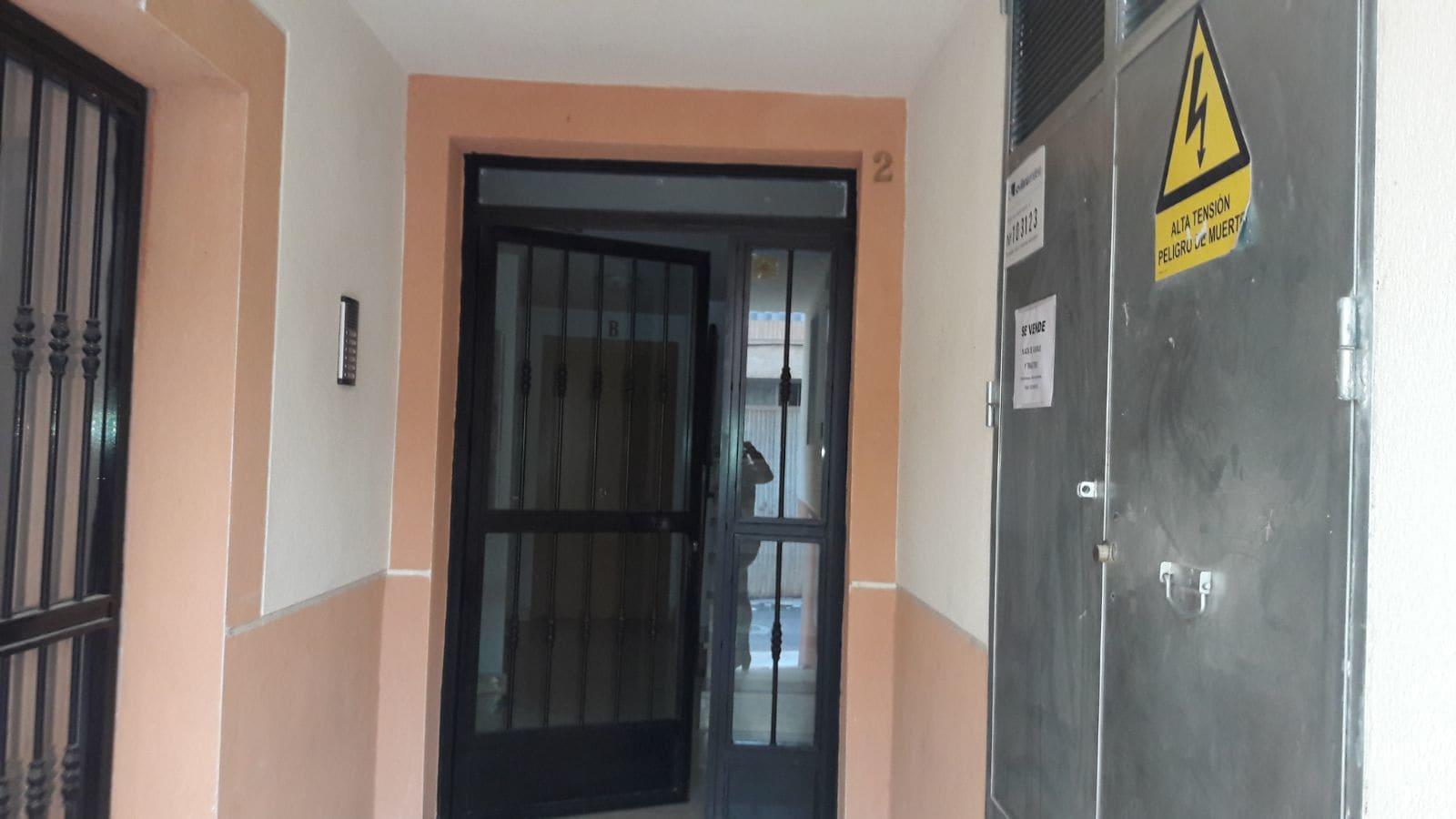 Piso en venta en Olula del Río, Almería, Calle Fines, 60.900 €, 3 habitaciones, 2 baños, 95 m2