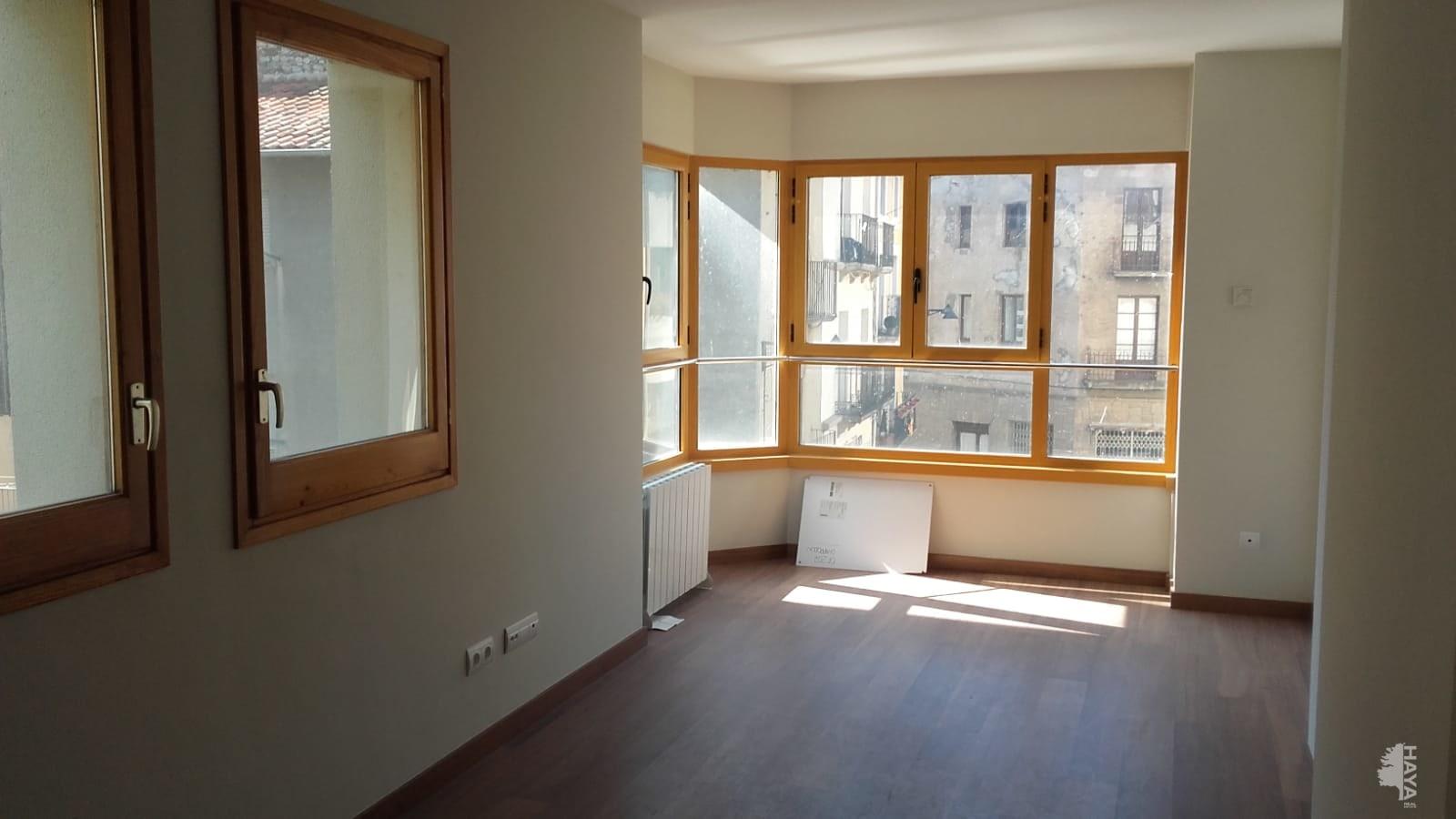 Piso en venta en Camprodon, Girona, Plaza Cesar August Torres, 300.744 €, 2 habitaciones, 1 baño, 115 m2
