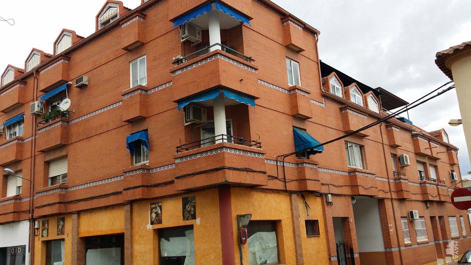 Piso en venta en Villanueva de la Serena, Badajoz, Calle Magacela, 70.000 €, 3 habitaciones, 1 baño, 82 m2