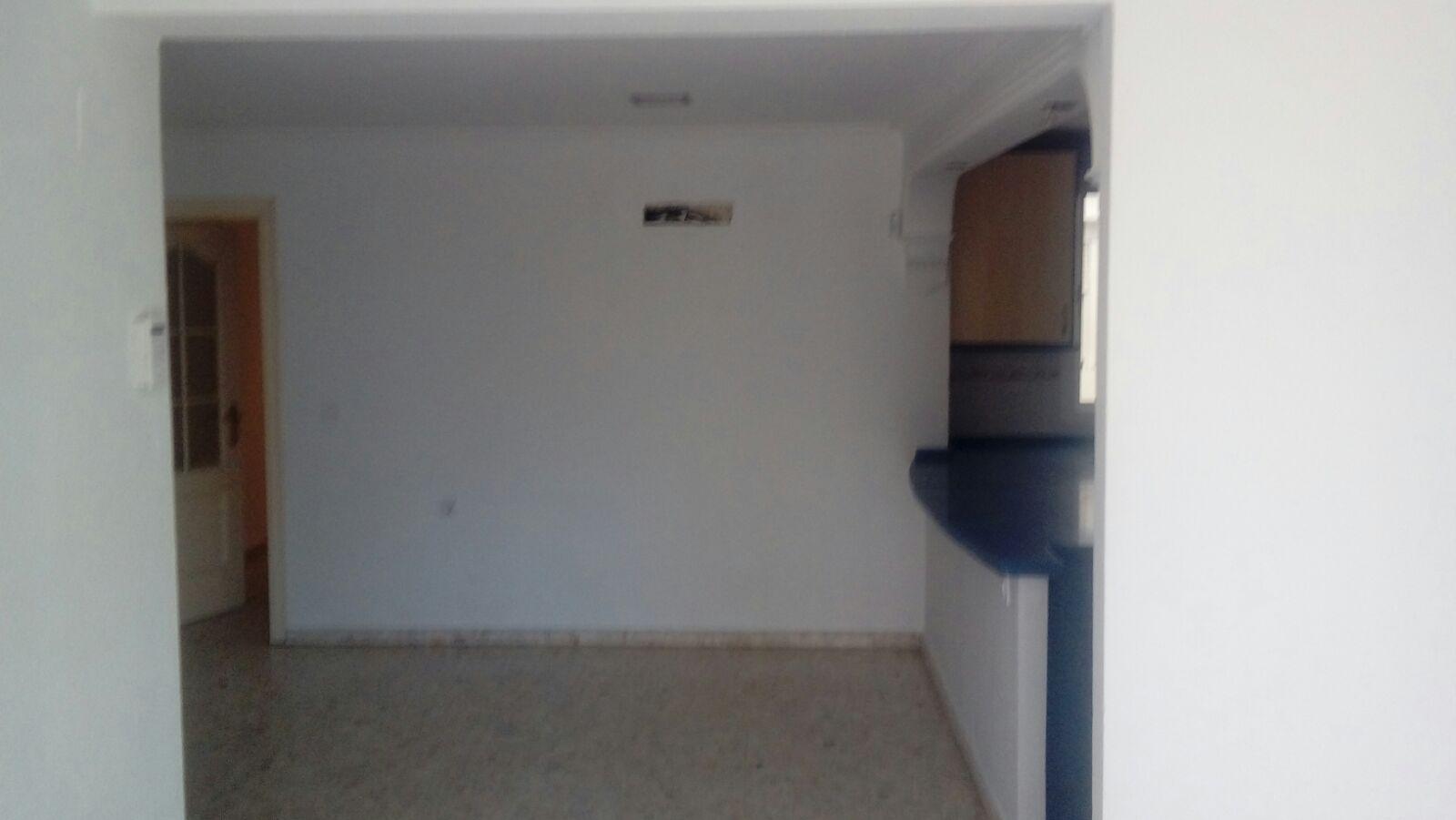 Piso en venta en Distrito Este-alcosa-torreblanca, Sevilla, Sevilla, Calle Toreesmenudas, 91.000 €, 2 habitaciones, 1 baño, 101 m2