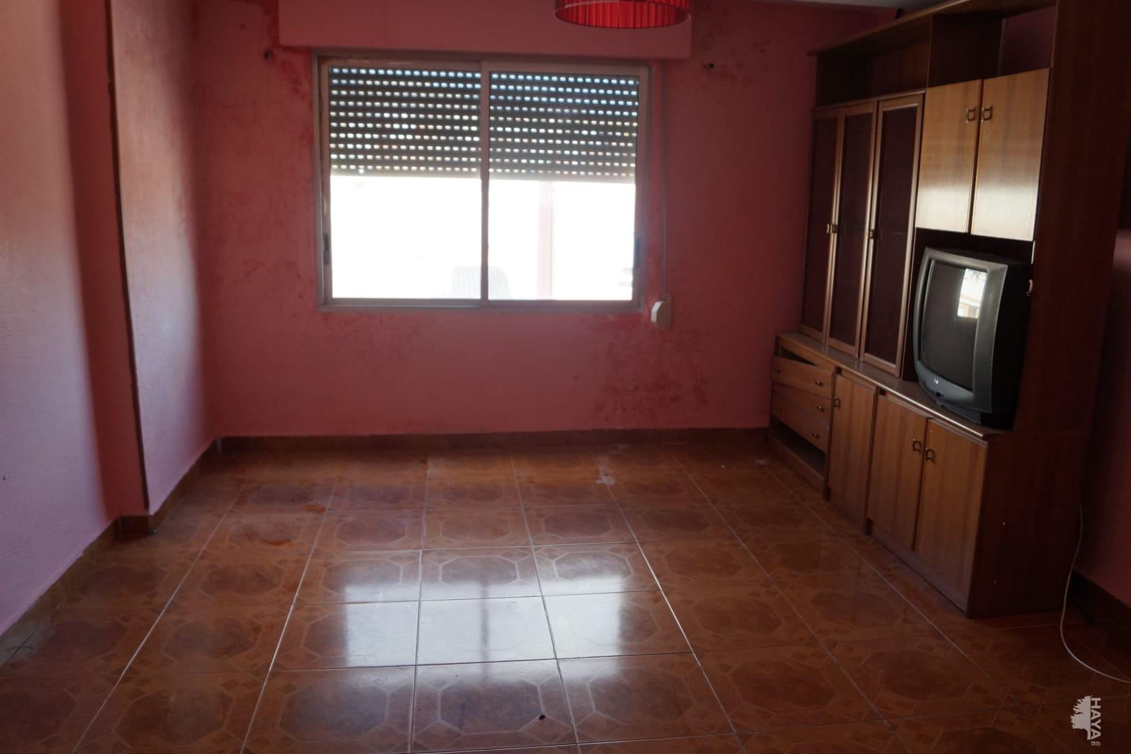 Piso en venta en Colonia Segarra, la Vall D`uixó, Castellón, Avenida Corazon de Jesus, 18.408 €, 3 habitaciones, 1 baño, 73 m2