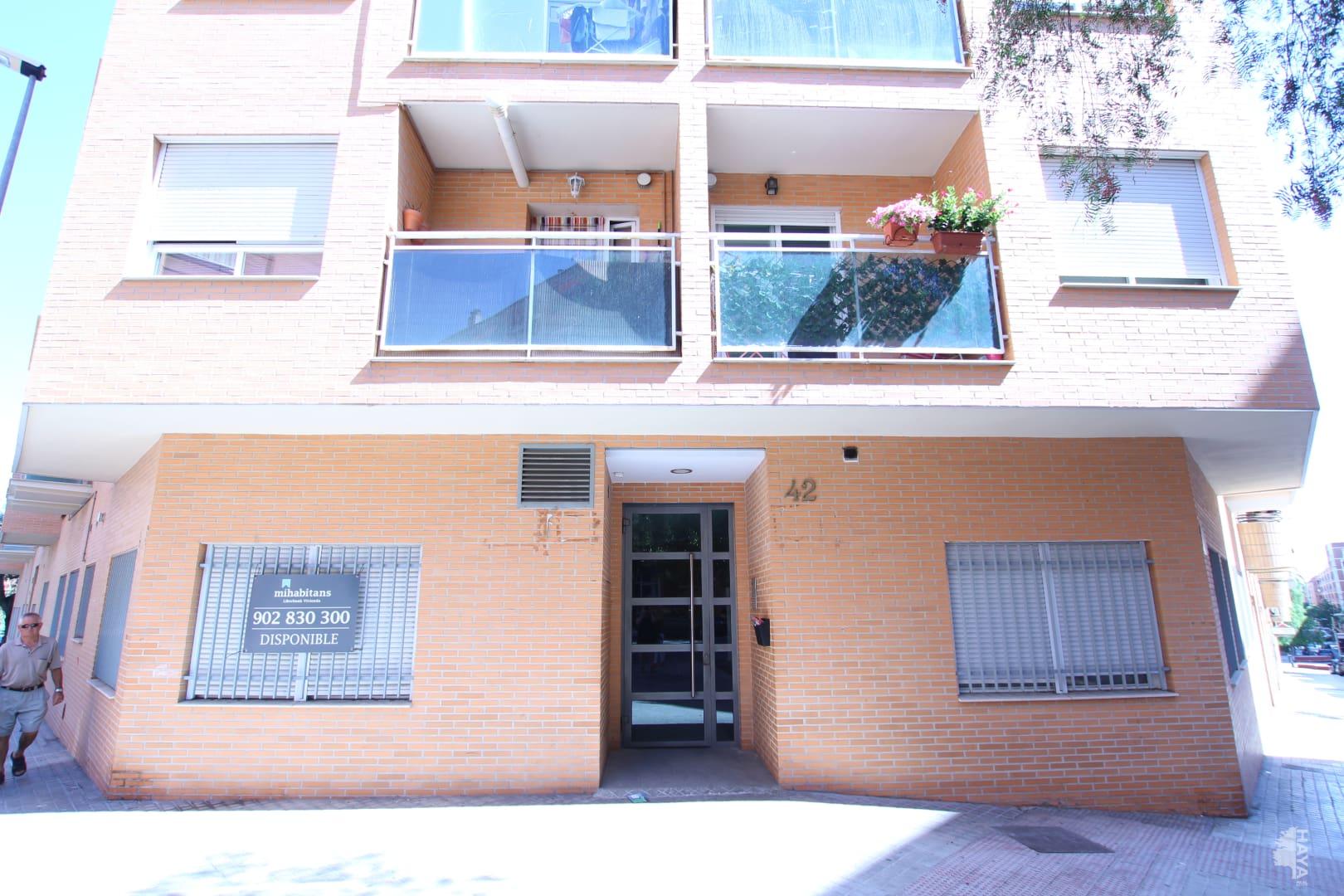 Piso en venta en Torrent, Valencia, Calle L`horta, 102.000 €, 2 habitaciones, 2 baños, 87 m2