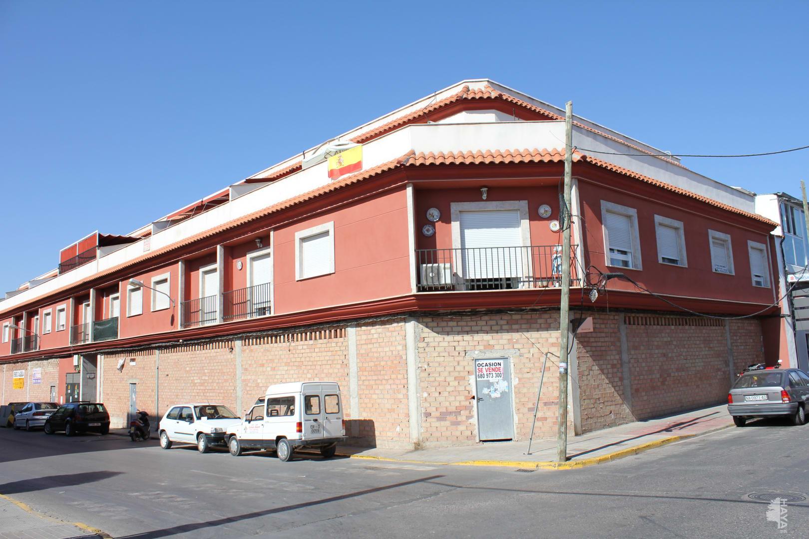 Piso en venta en Valdepeñas, Ciudad Real, Calle San Nicasio, 63.981 €, 3 habitaciones, 2 baños, 112 m2