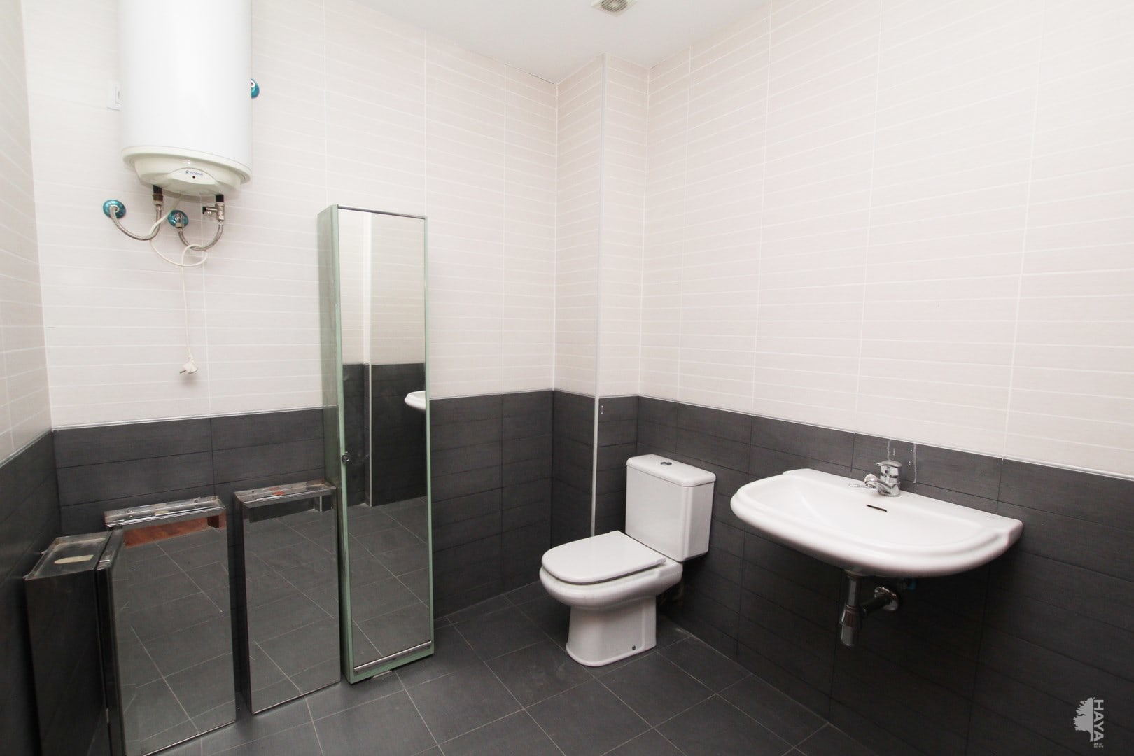 Local en venta en Valencia, Valencia, Avenida Construcciones Levantinas Hefer, S.l., 83.200 €, 88 m2