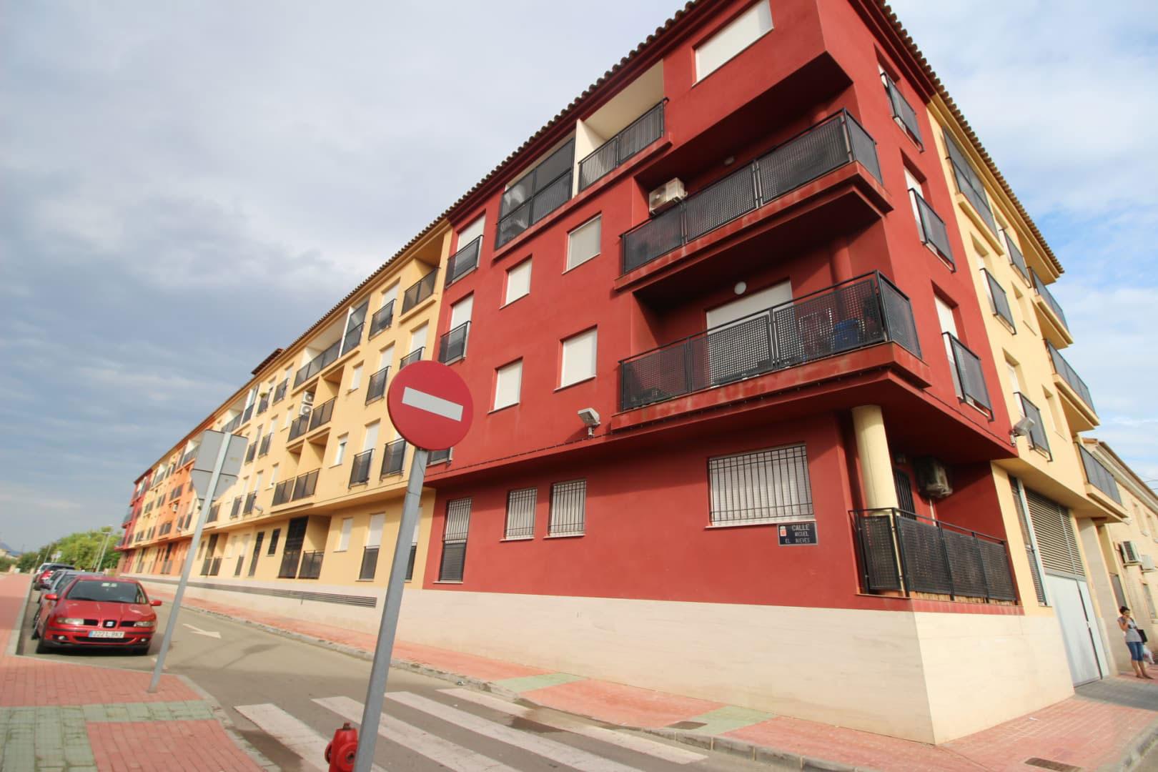 Piso en venta en Pedanía de El Raal, Murcia, Murcia, Calle Miguel de la Nieves, 103.800 €, 4 habitaciones, 2 baños, 131 m2