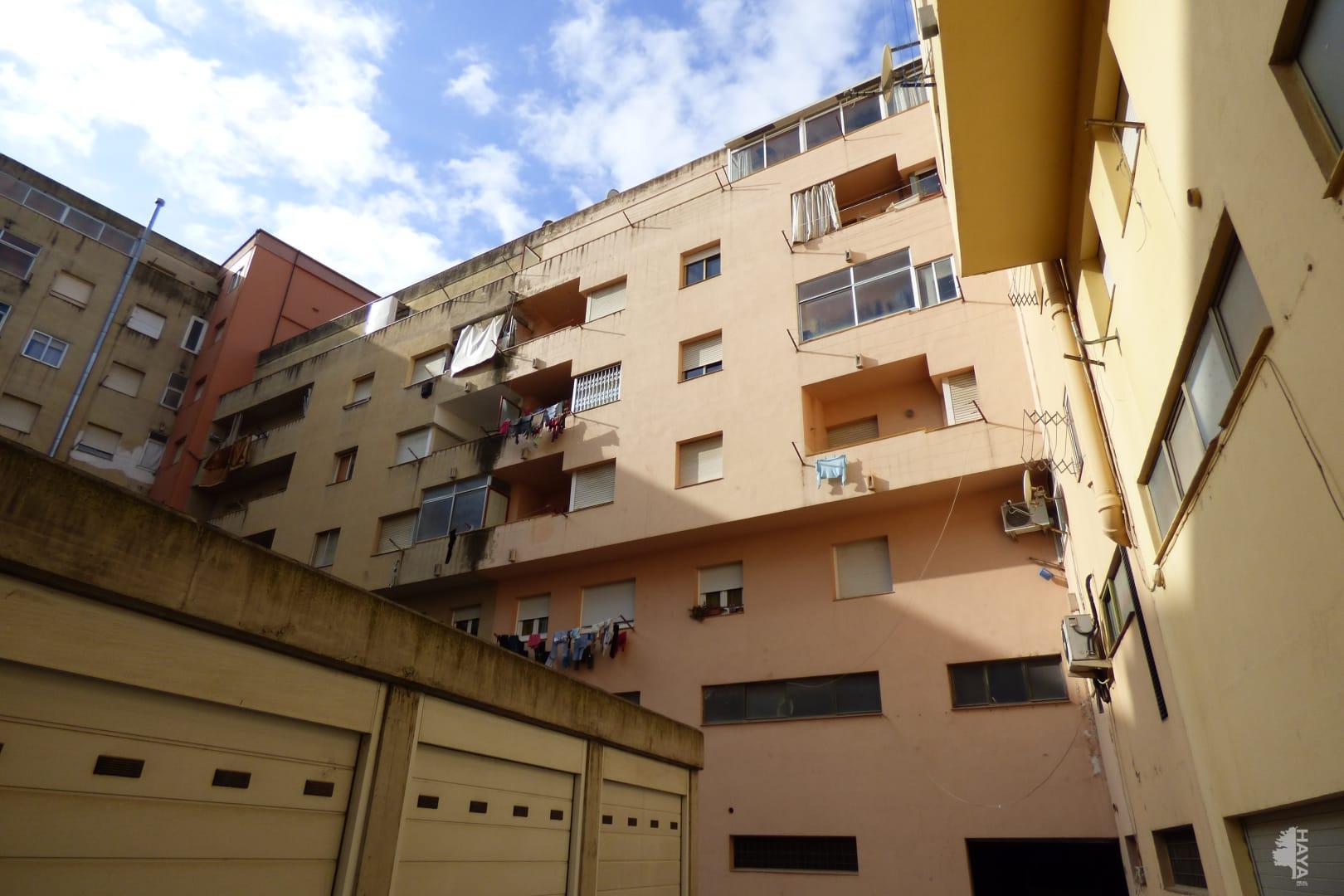 Piso en venta en Salt, Girona, Calle Anselm Clave, 50.383 €, 3 habitaciones, 1 baño, 74 m2