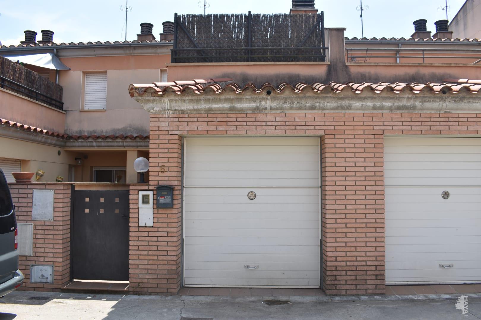 Casa en venta en Eixample, Riudarenes, Girona, Pasaje Girona, 105.580 €, 3 habitaciones, 2 baños, 125 m2