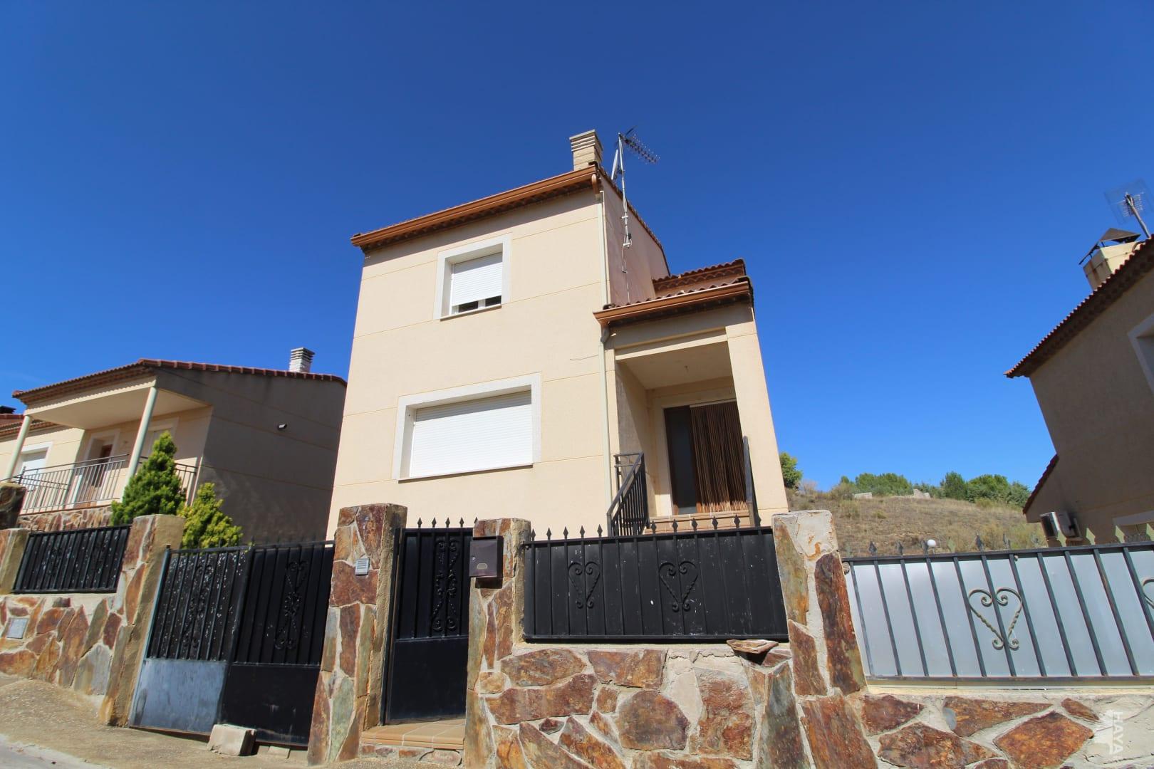 Casa en venta en Espinosa de Henares, Espinosa de Henares, Guadalajara, Calle Fresno, 88.000 €, 3 habitaciones, 1 baño, 188 m2