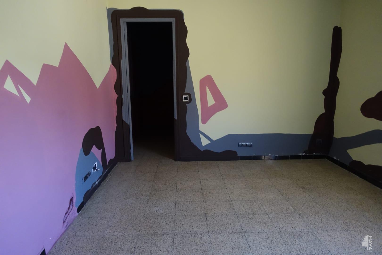Piso en venta en Mas de Miralles, Amposta, Tarragona, Plaza de L`aube, 23.000 €, 3 habitaciones, 1 baño, 90 m2