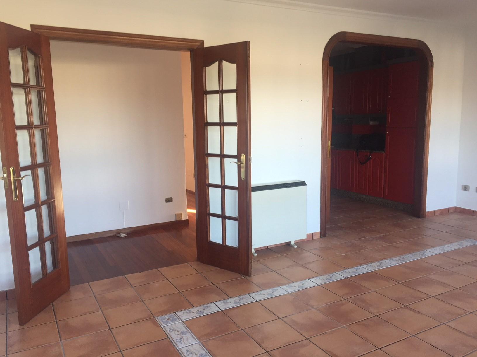 Piso en venta en Cabanas, A Coruña, Calle Maria, 86.000 €, 2 habitaciones, 1 baño, 83 m2