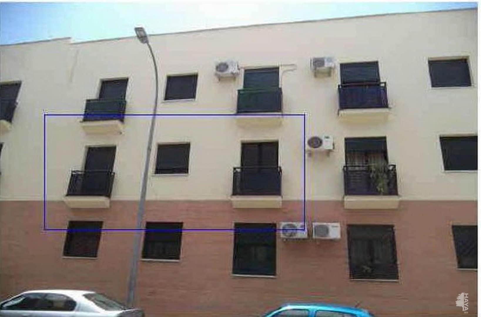 Piso en venta en Écija, Sevilla, Calle Ronda Paz, 51.900 €, 3 habitaciones, 1 baño, 70 m2