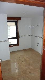 Piso en venta en Cee, A Coruña, Avenida Finisterre, 78.836 €, 2 habitaciones, 2 baños, 123 m2
