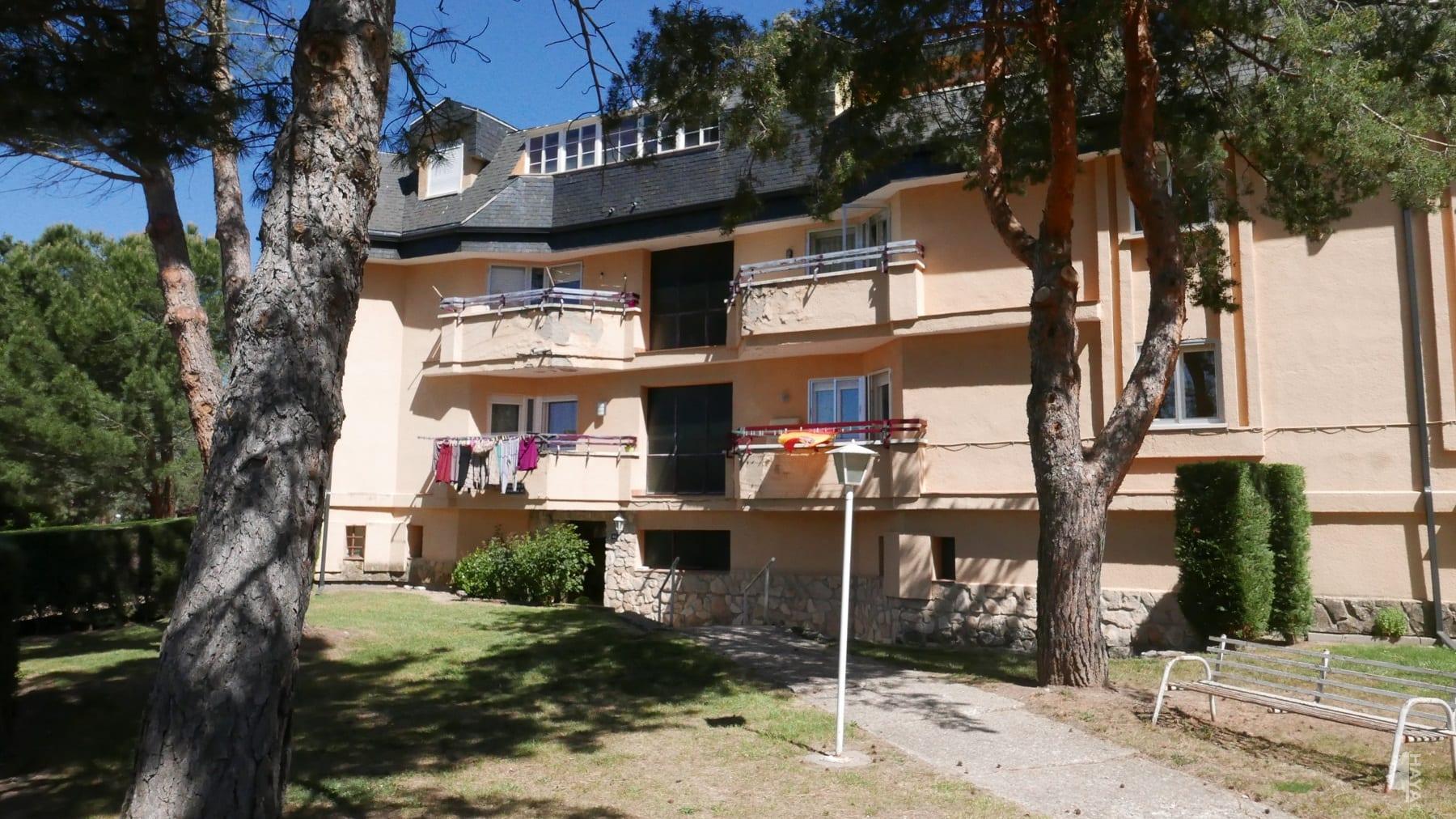 Piso en venta en Palazuelos de Eresma, Segovia, Calle Monton de Trigo, 63.000 €, 2 habitaciones, 1 baño, 93 m2