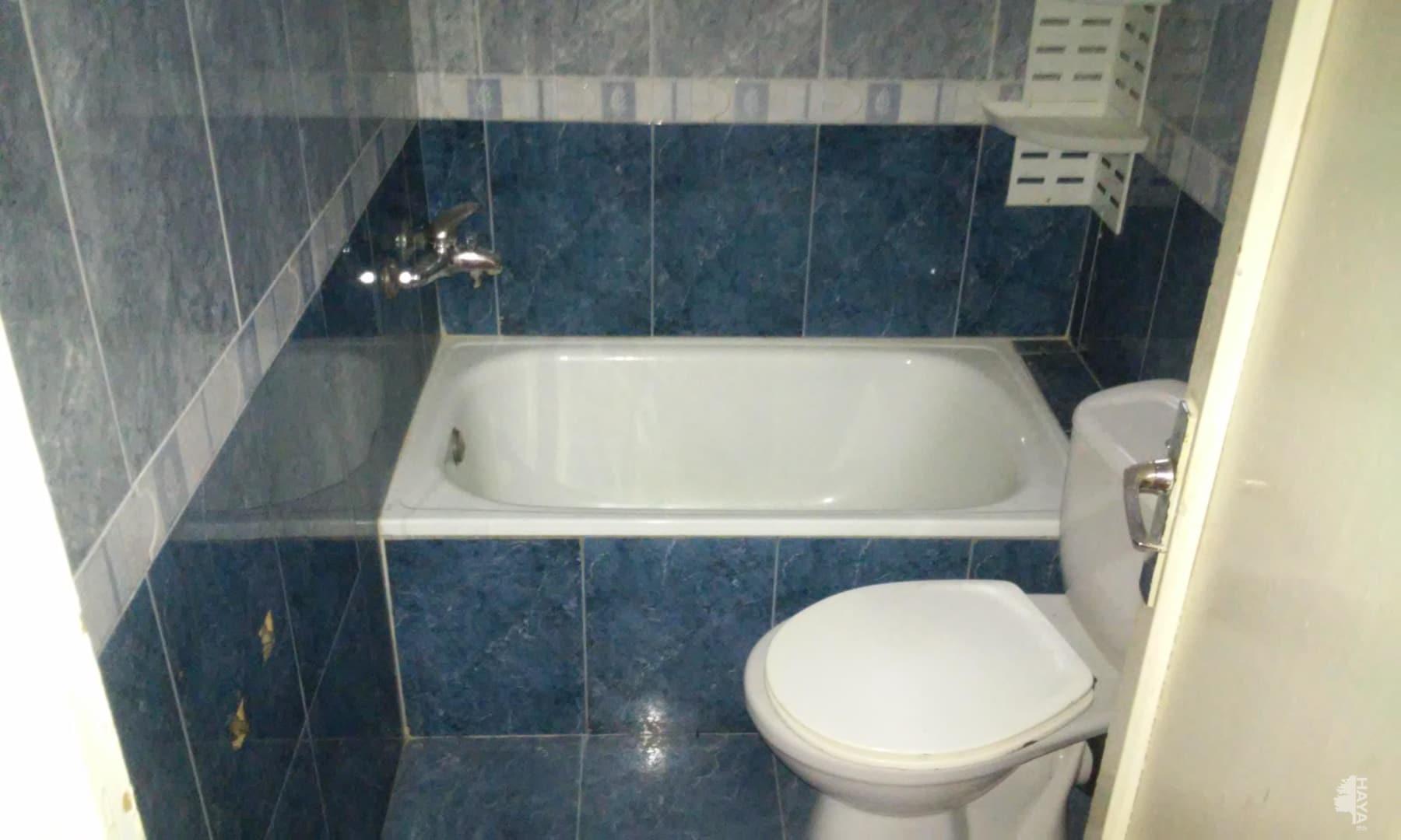 Piso en venta en Onda, Castellón, Calle Ceramista Abad, 25.000 €, 1 baño, 74 m2
