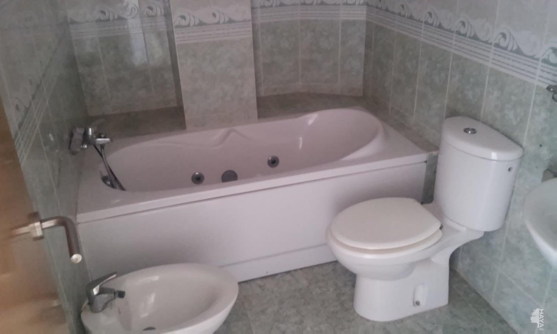 Piso en venta en Poblados Marítimos, Burriana, Castellón, Calle Calderón de la Barca, 54.300 €, 3 habitaciones, 2 baños, 85 m2