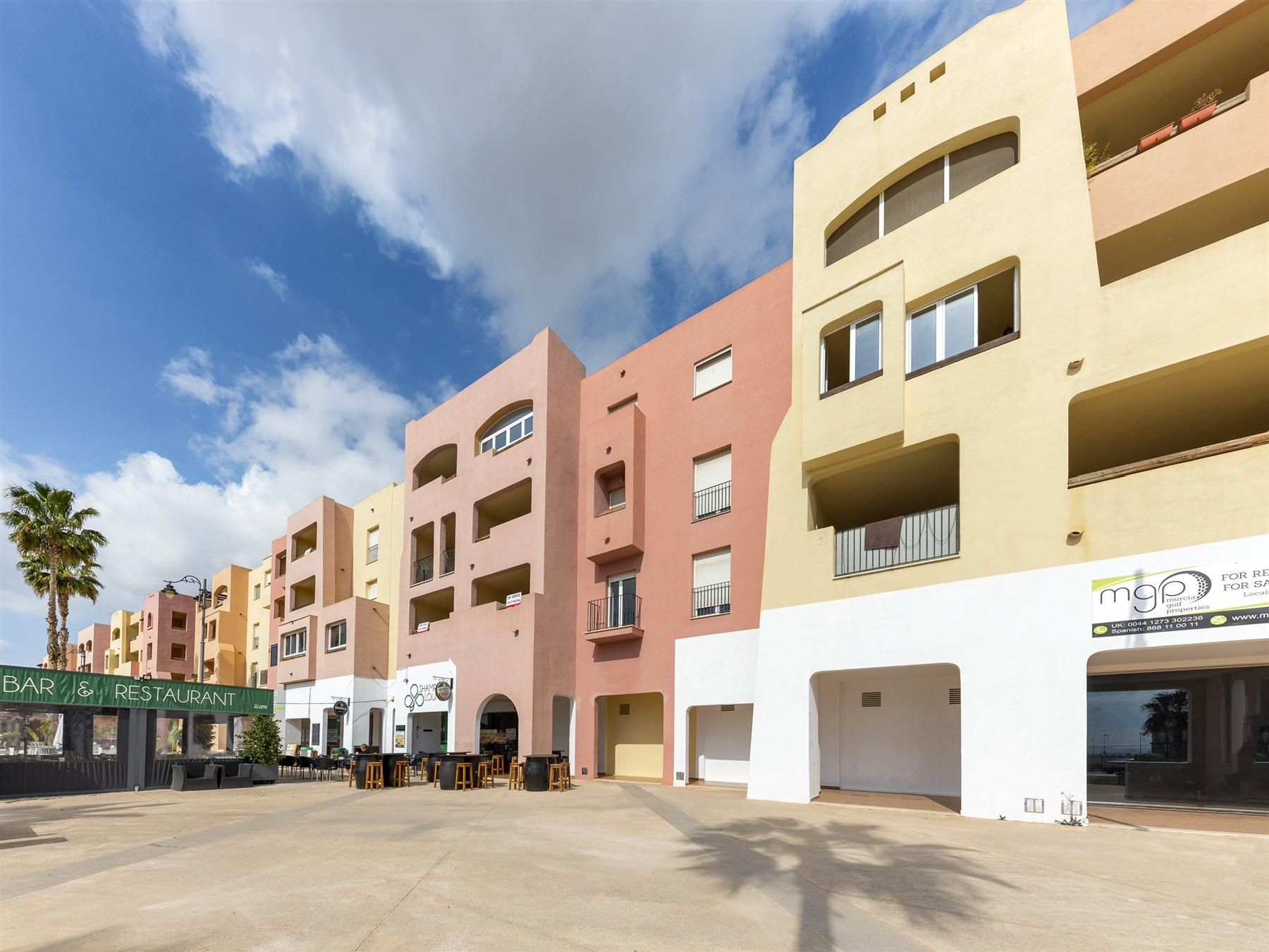 Piso en venta en Torre-pacheco, Murcia, Calle Pino Carrasco, 96.500 €, 3 habitaciones, 2 baños, 131 m2