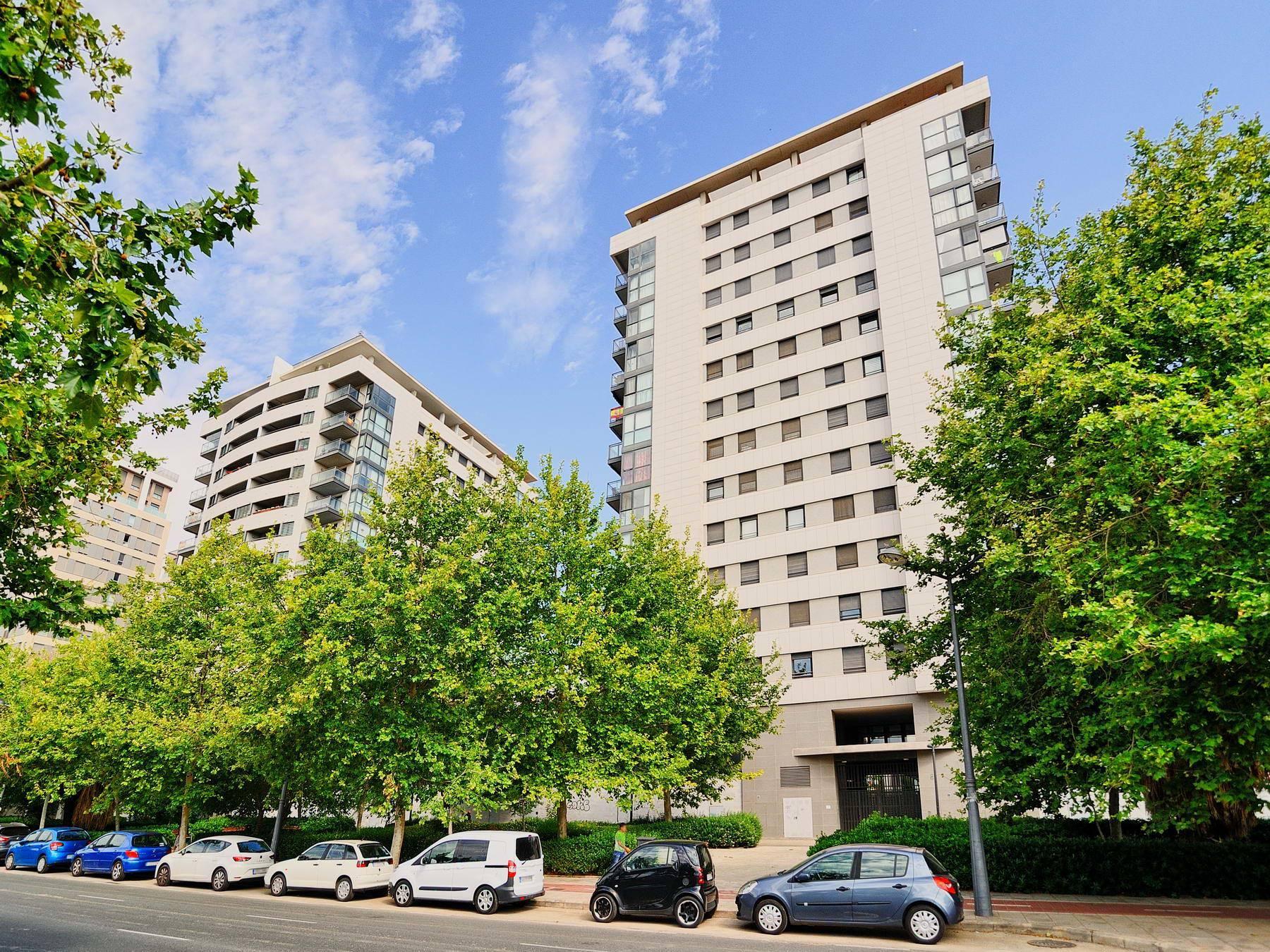 Local en venta en Valencia, Valencia, Calle Antonio Ferrandis, 498.000 €, 862 m2