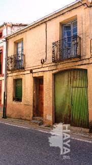 Casa en venta en Fuenterrebollo, Segovia, Avenida Jose Antonio, 18.079 €, 4 habitaciones, 1 baño, 122 m2