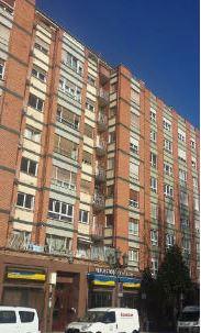 Piso en venta en La Corredoria Y Ventanielles, Oviedo, Asturias, Calle Teniente Alfonso Martínez, 79.000 €, 3 habitaciones, 1 baño, 69 m2