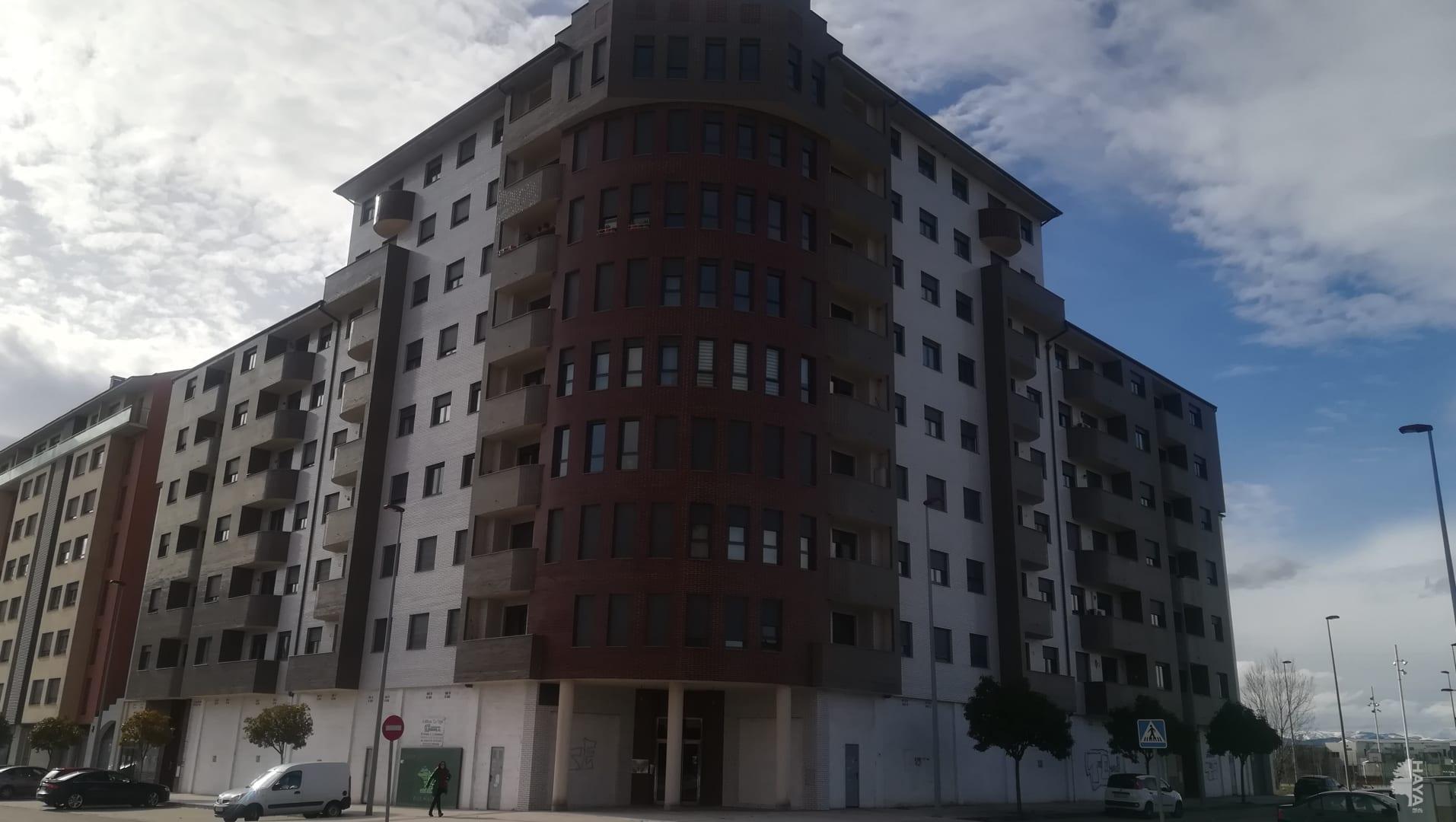 Local en venta en Compostilla, Ponferrada, León, Calle Antonio Gonzalez Calderon, 37.000 €, 153 m2