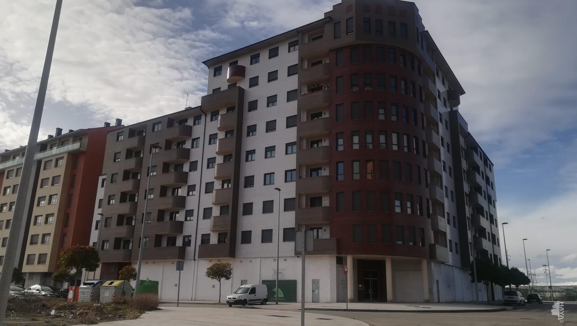 Parking en venta en Compostilla, Ponferrada, León, Calle Pascual Fernandez, 5.200 €, 13 m2