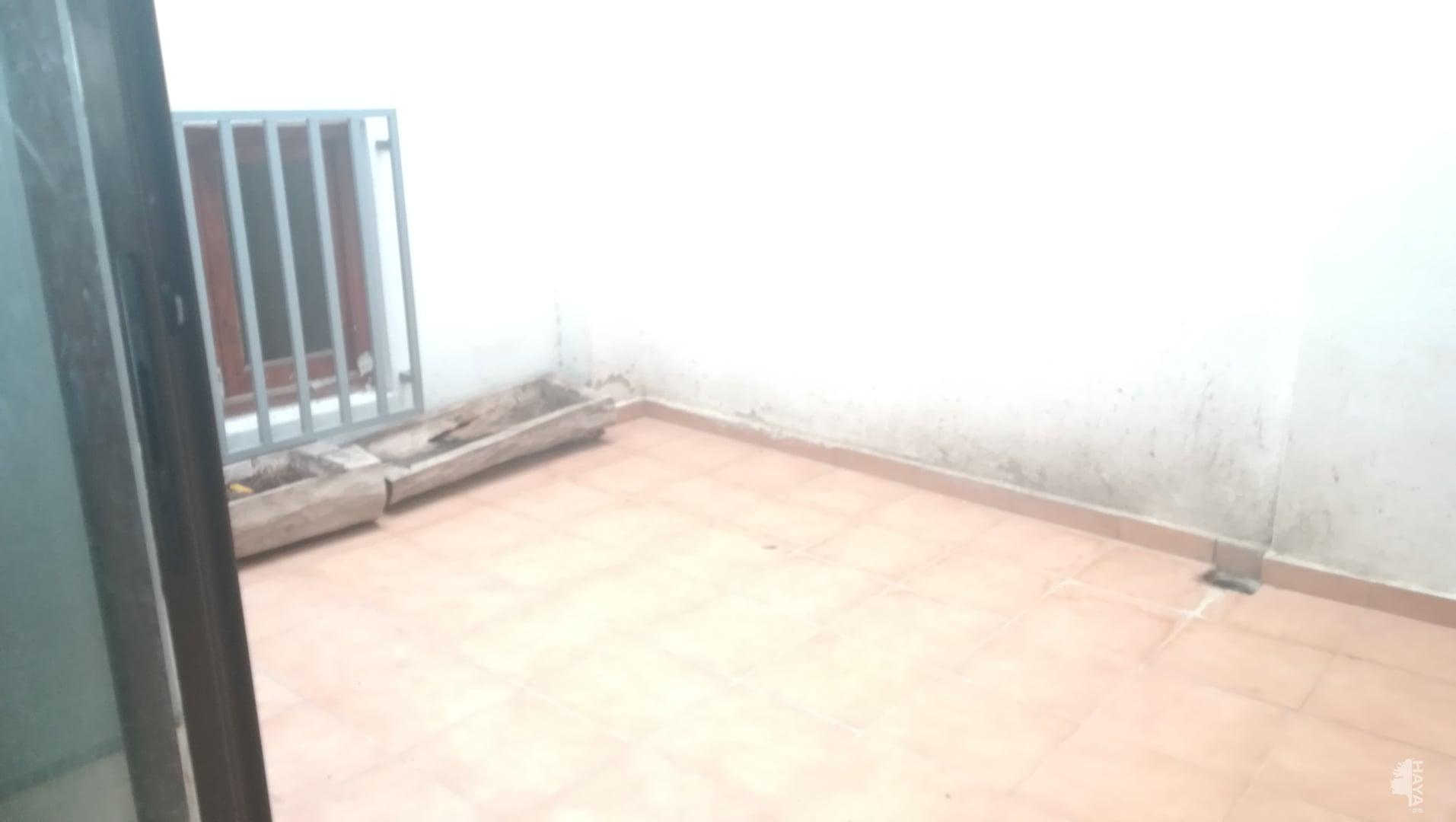Piso en venta en Piso en la Font D`en Carròs, Valencia, 81.000 €, 3 habitaciones, 2 baños, 140 m2